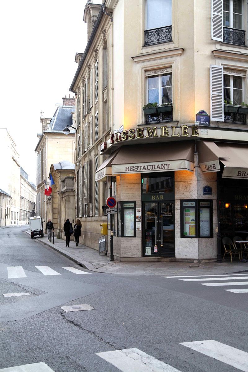 street-corners-in-Paris.jpg