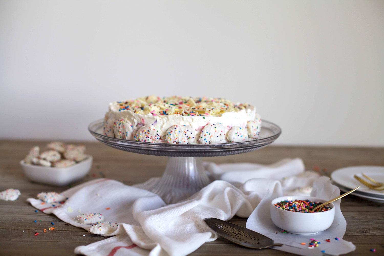 Frosted-Animal-Cracker-Ice-Box-Cake9.jpg