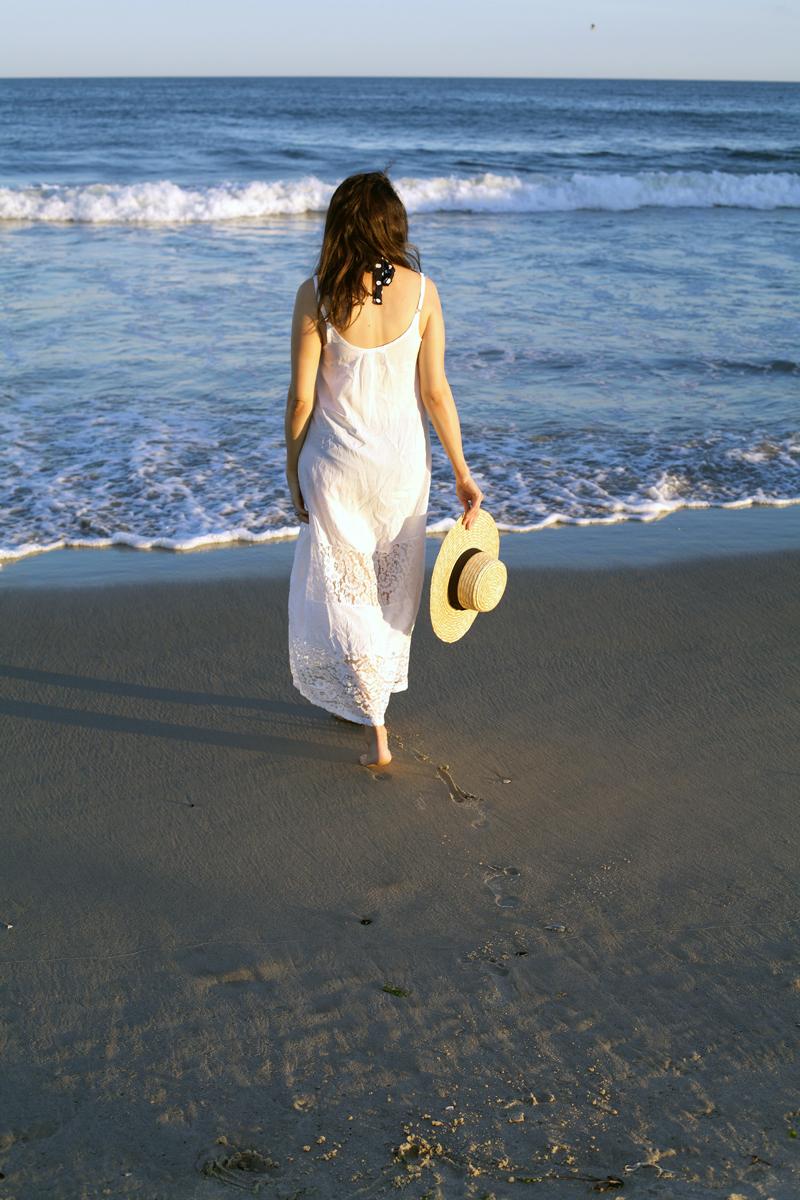 white-maxi-dress.jpg