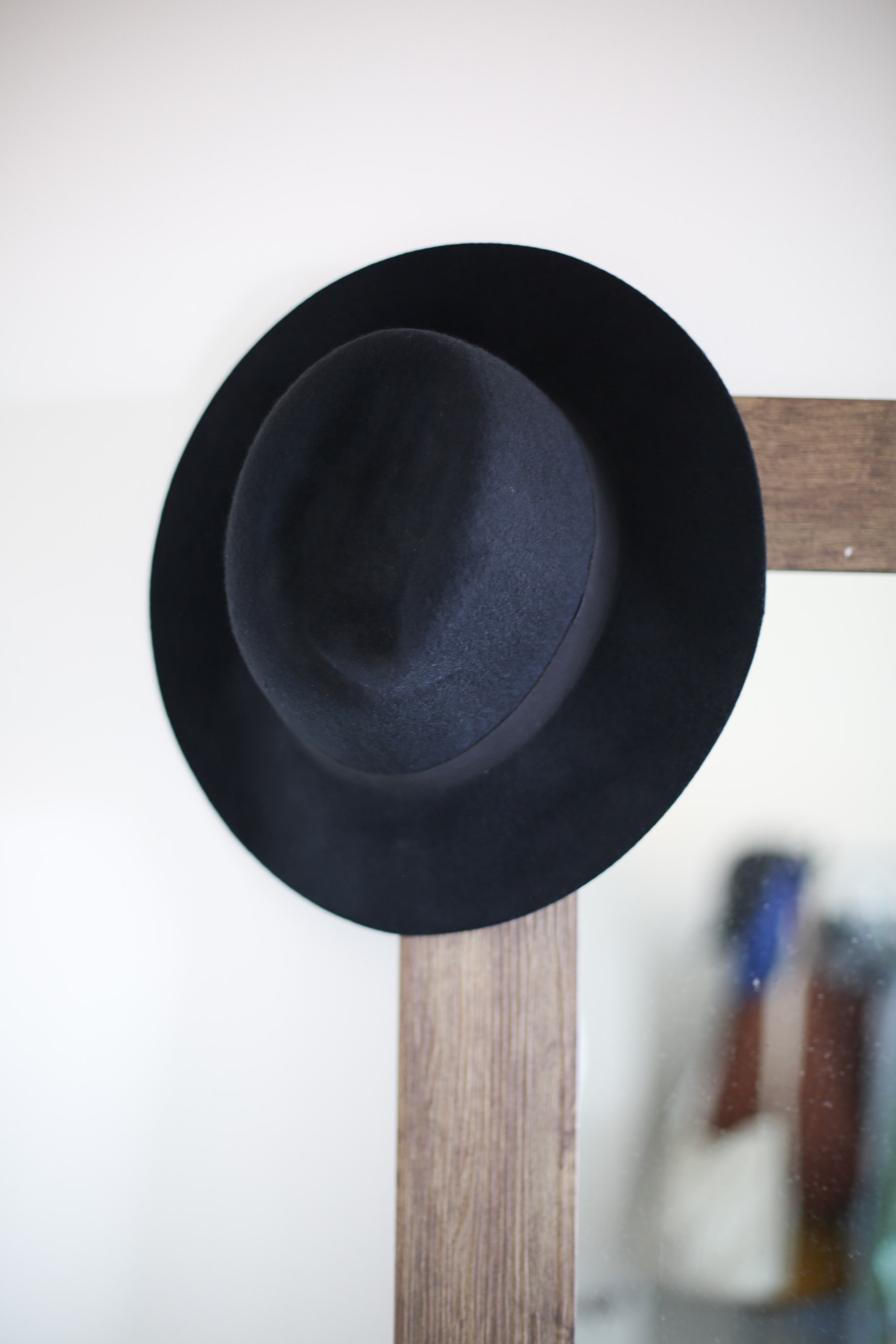 Jack-Lucy-hat.jpg