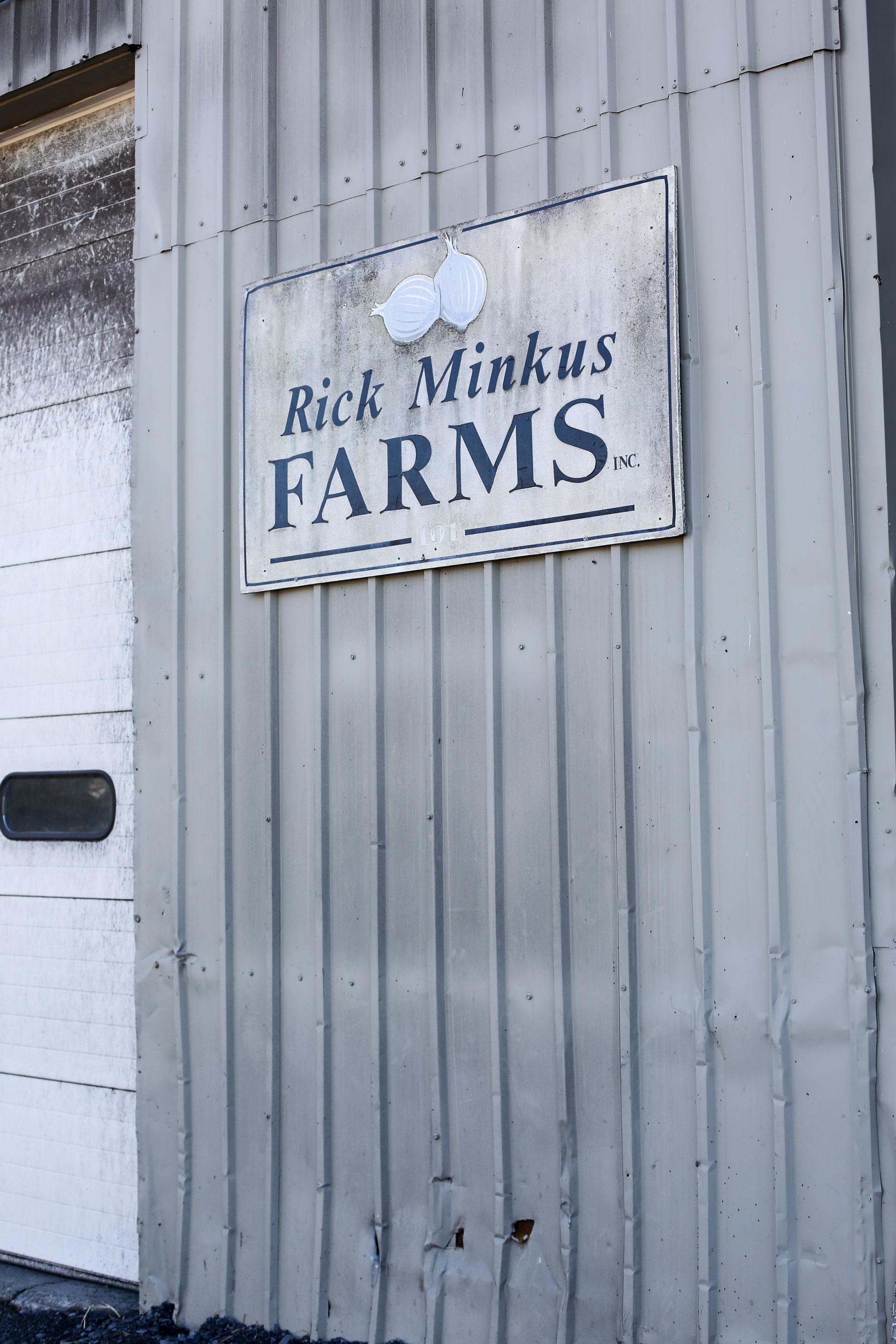 Minkus-Family-Onion-Farm12.jpg
