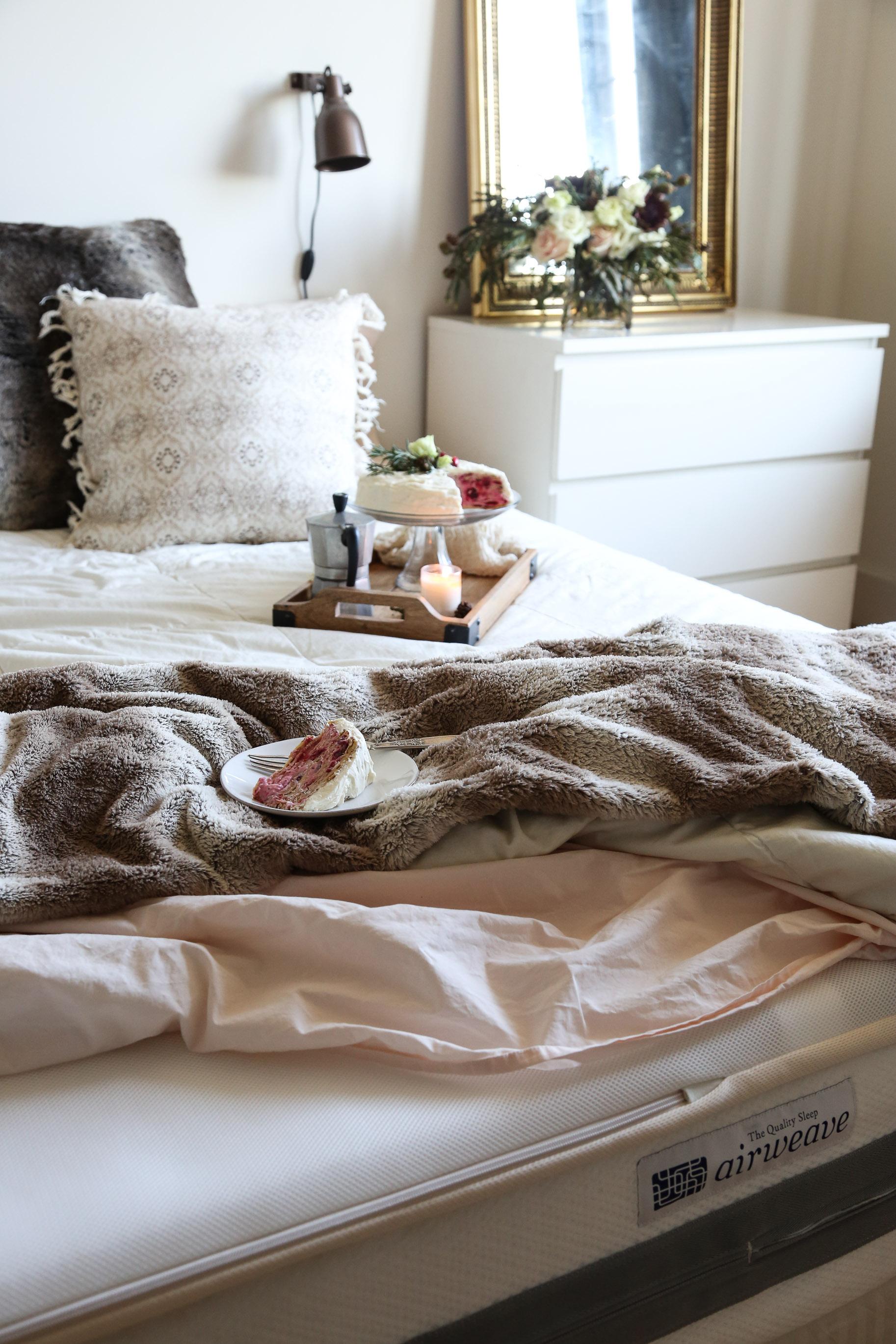 cozy-winter-bedroom-with-airweave13.jpg