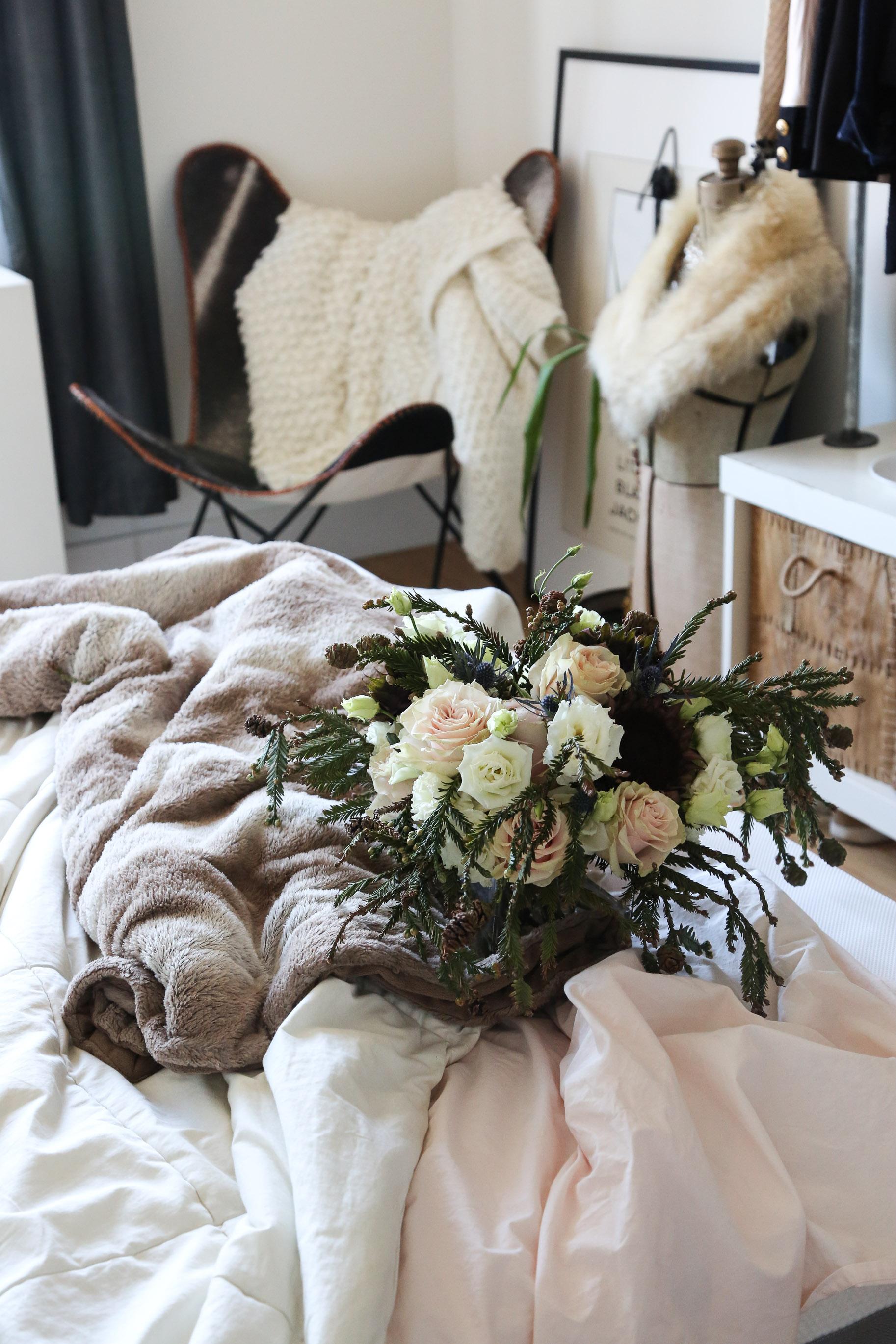 cozy-winter-bedroom-with-airweave16.jpg