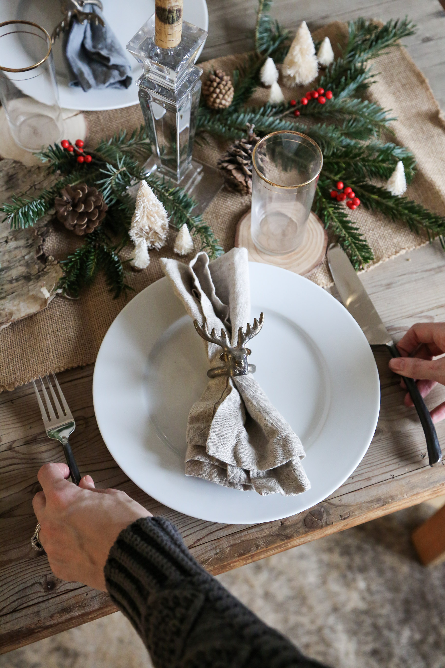 How-to-create-a-rustic-cozy-winter-woods-tablescape-for-the-holidays11.jpg