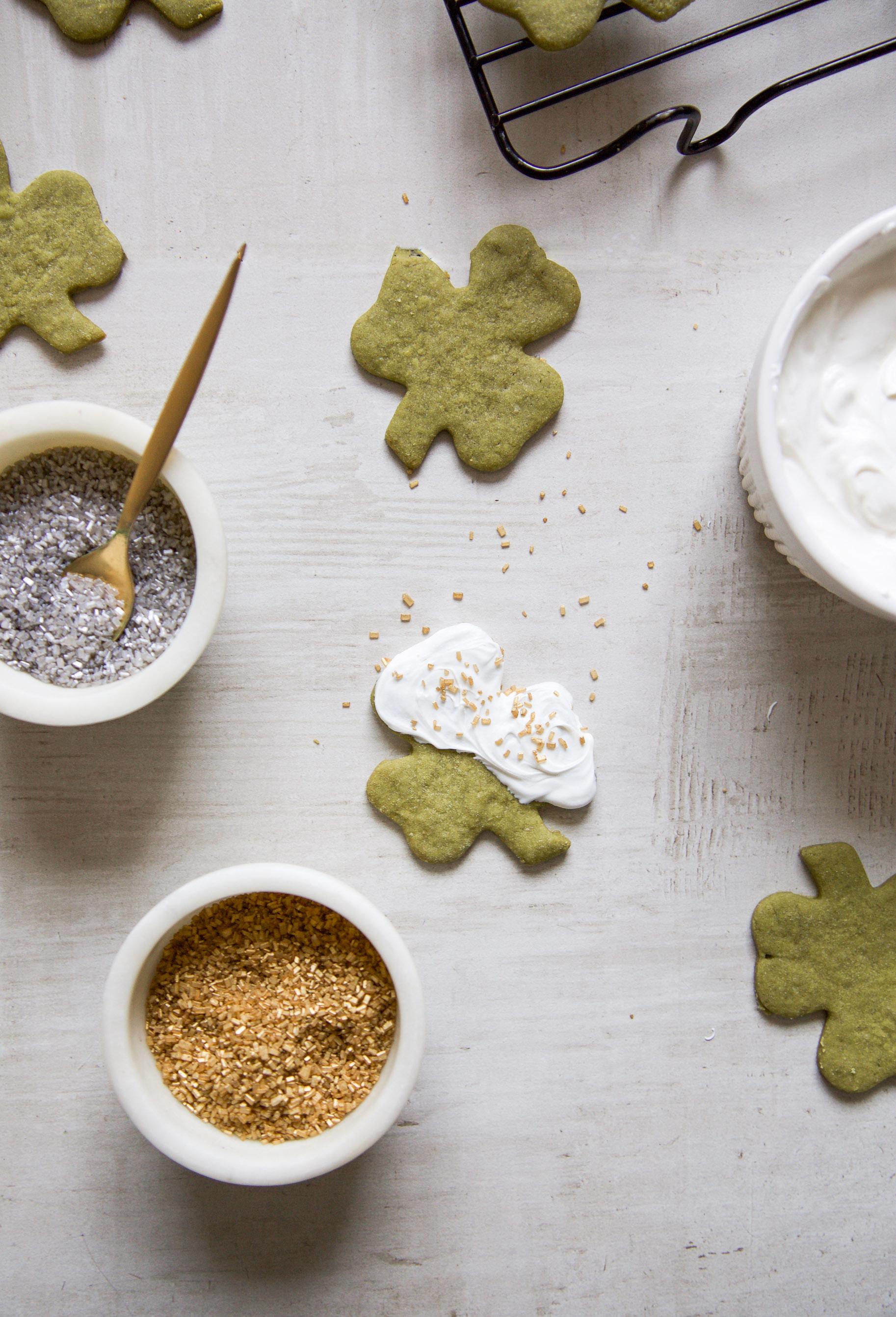 shamrock-cookies-2.jpg