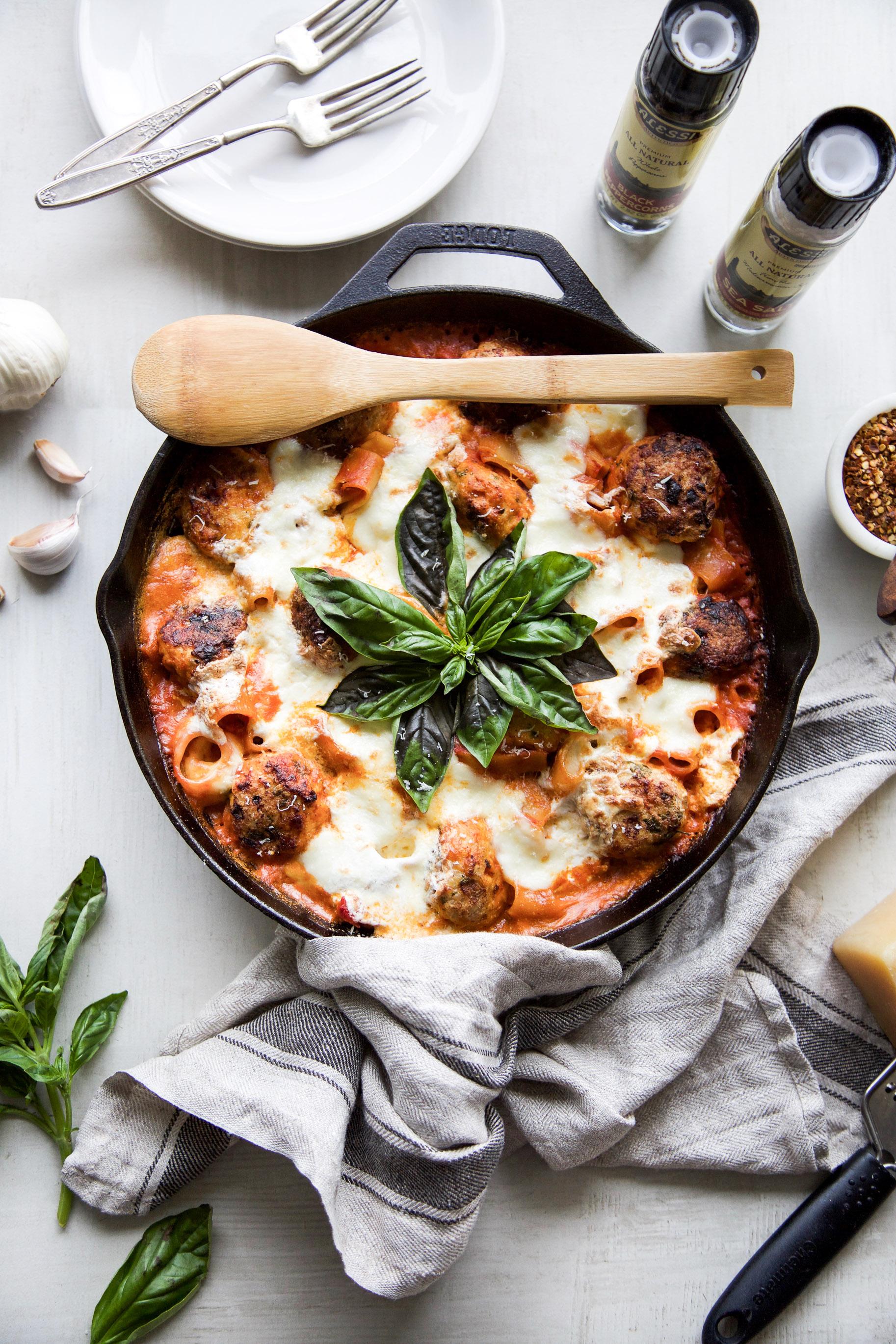 One-Pan-Chicken-Parm-Meatball-Burrata-Pasta-Bake4.jpg