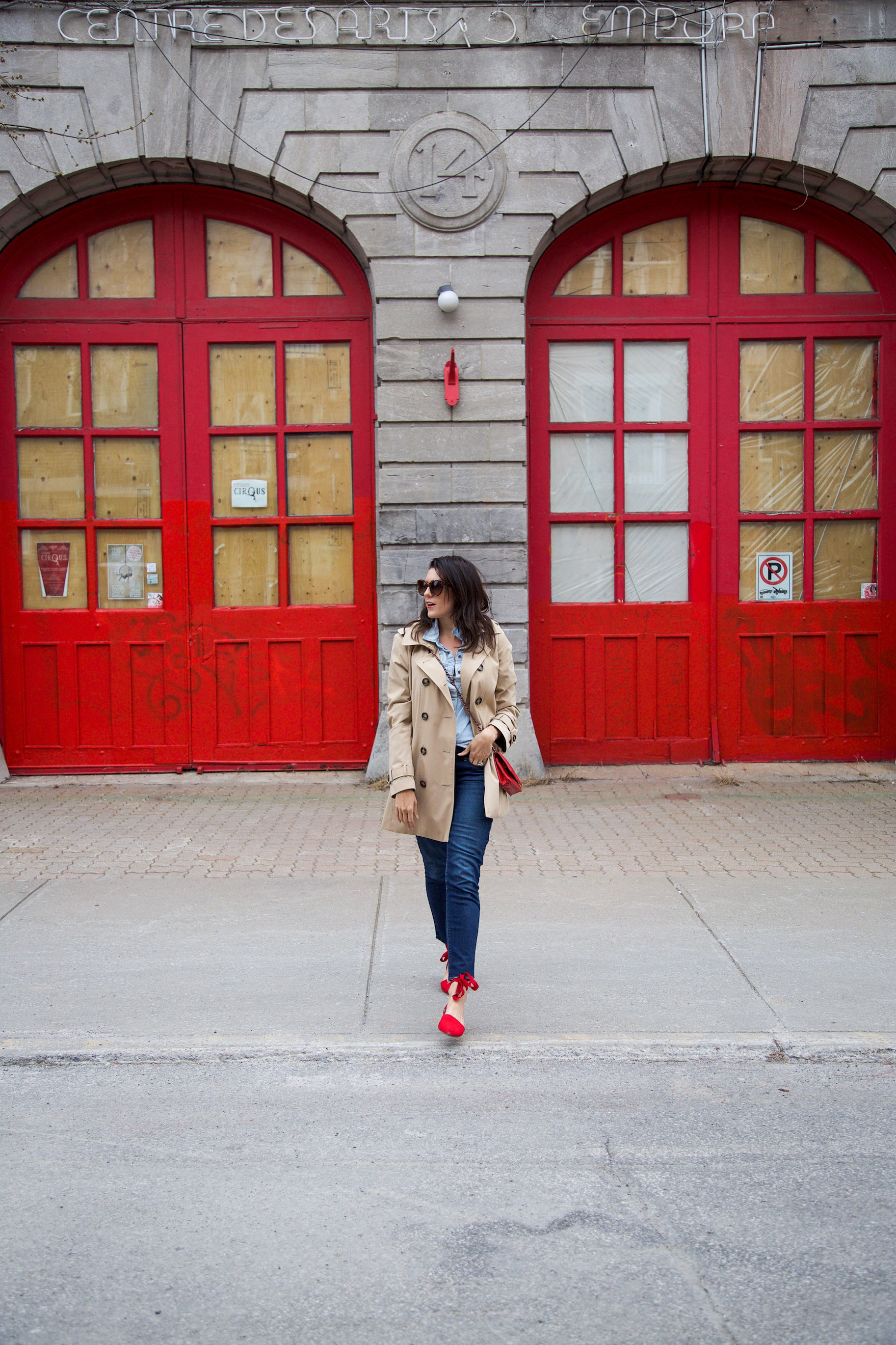 denim-on-denim-outfit-with-trench-coat-and-red-accessories1.jpg