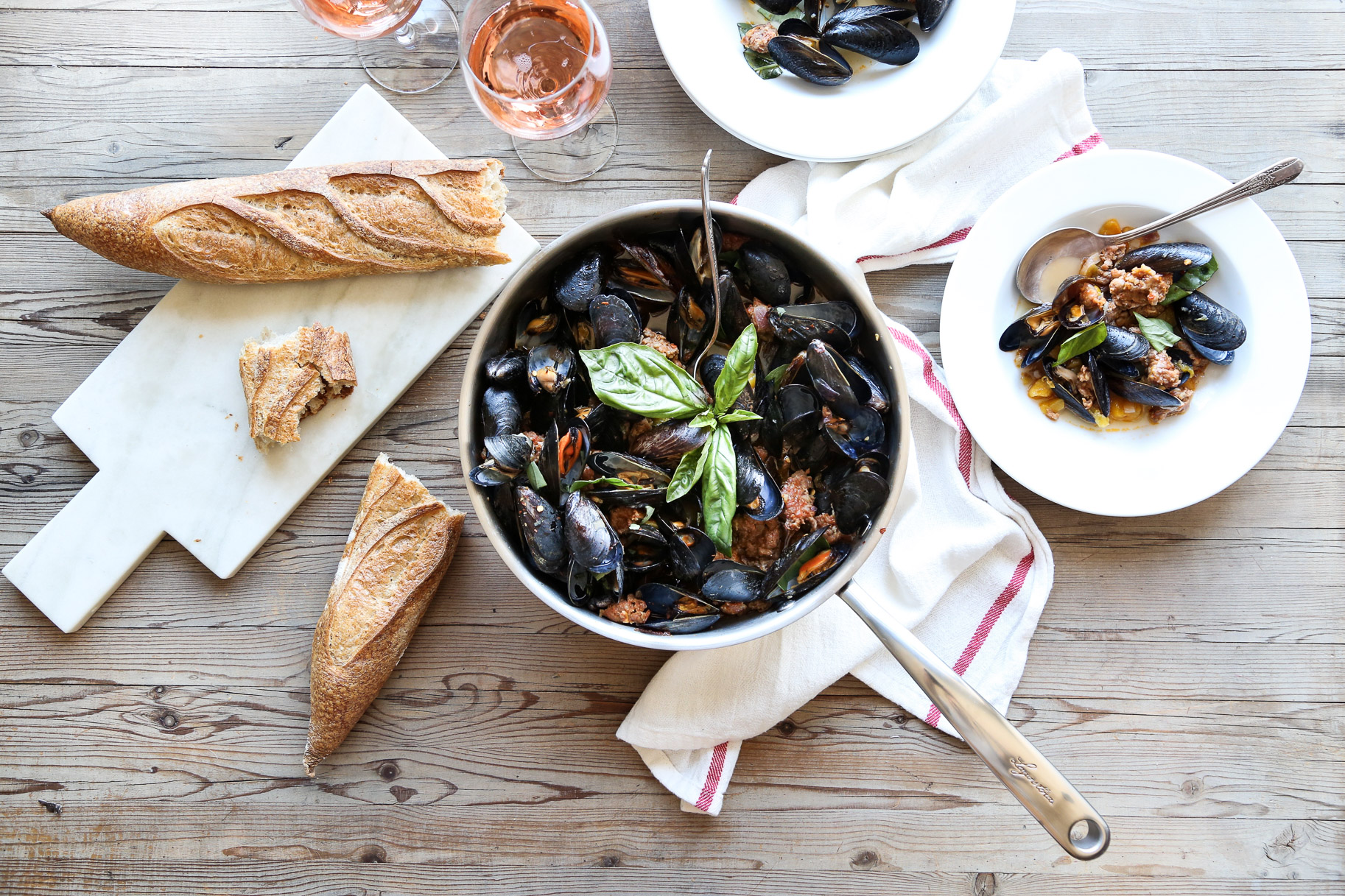 SPICY MUSSELS WITH PEACHES & ROSÉ - serves 4
