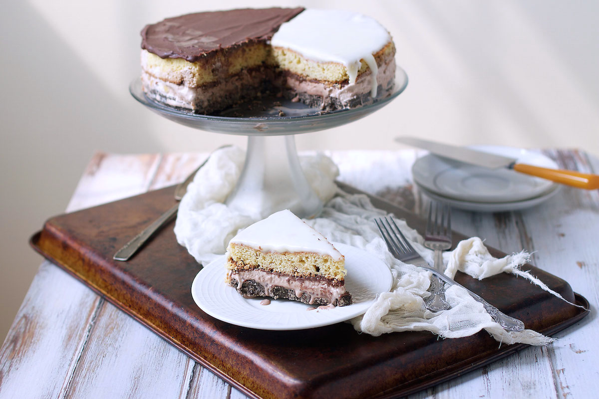 BLACK +WHITE COOKIE CAKE - serves 10-12