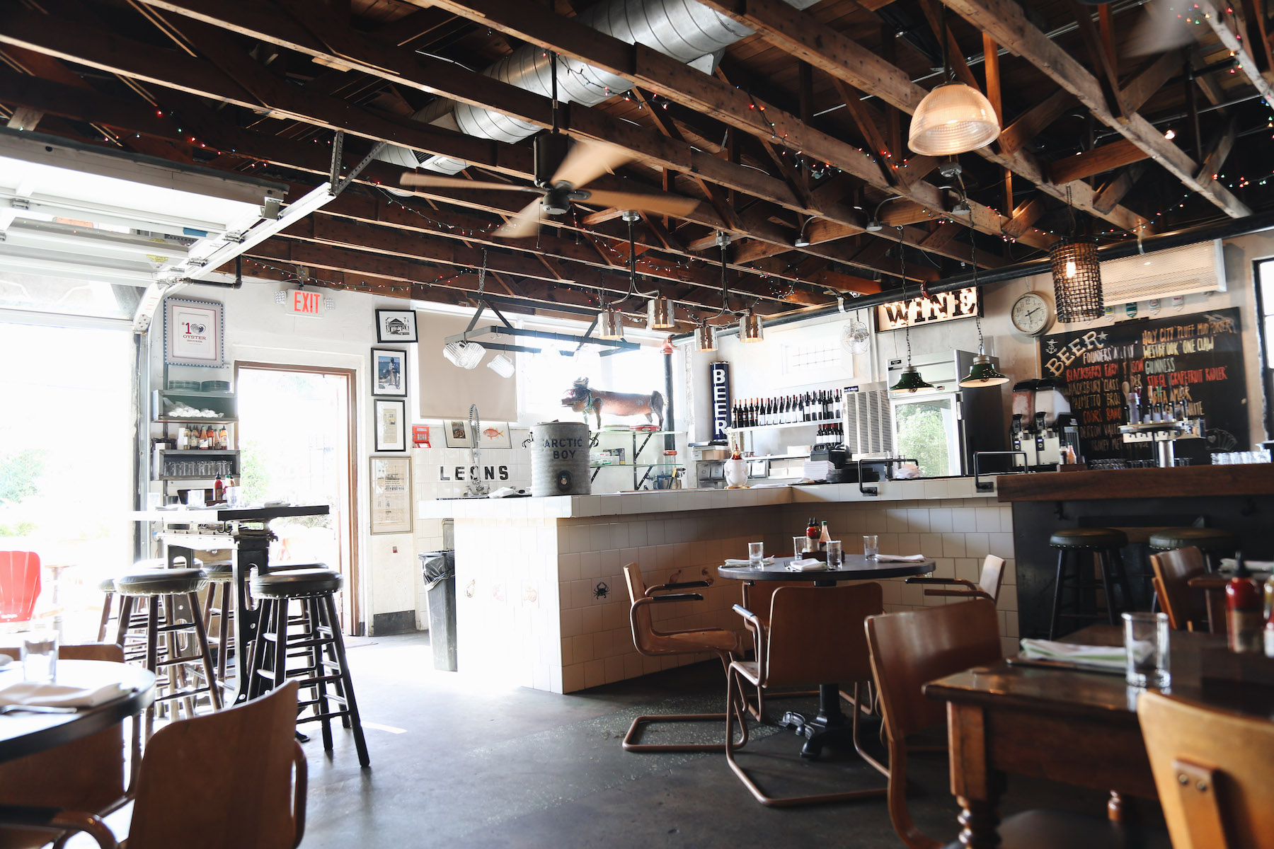 Leon's Oyster Shop Charleston2.jpg