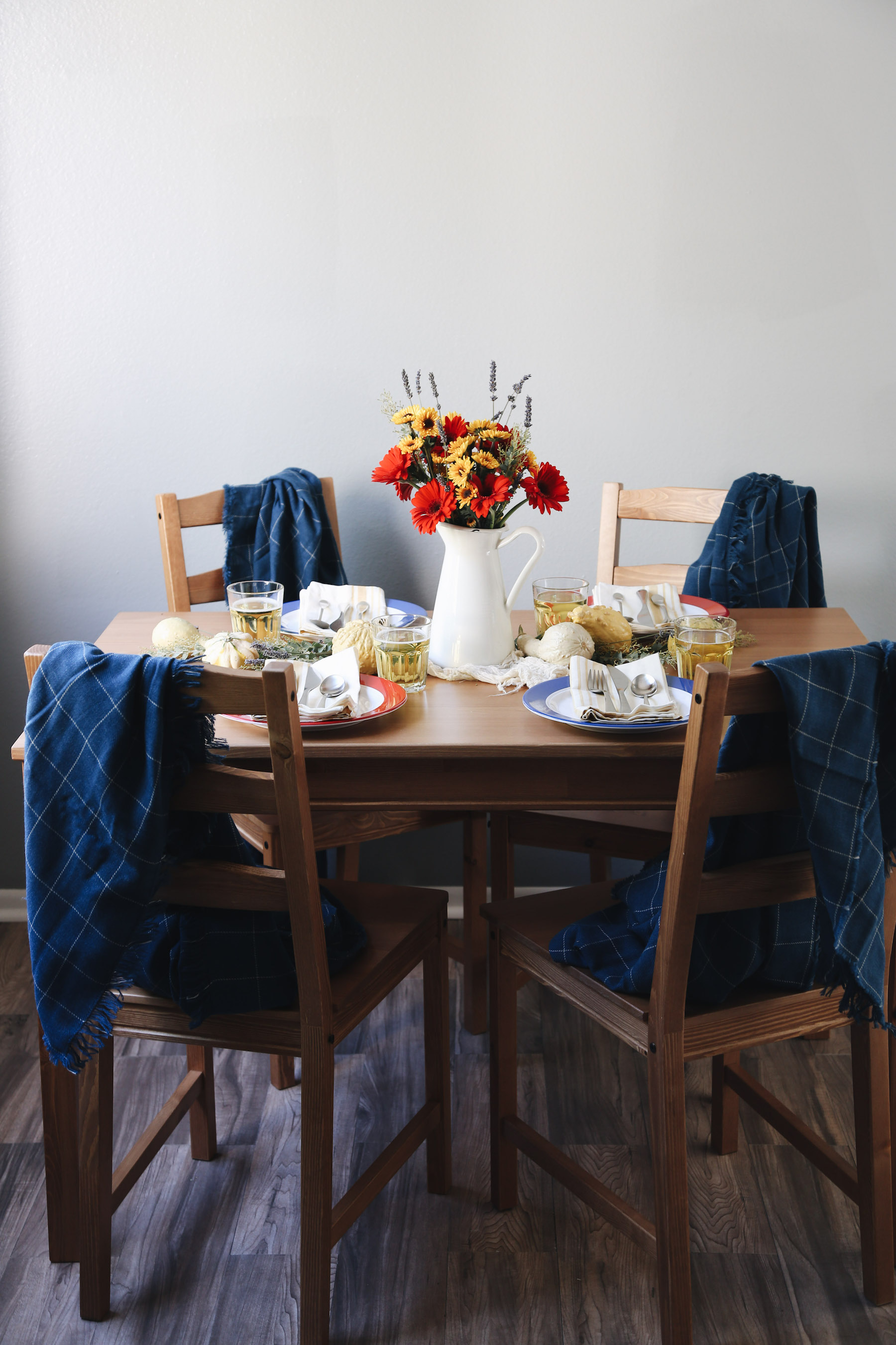 SET THE TABLE - see how I put together this easy table setting here