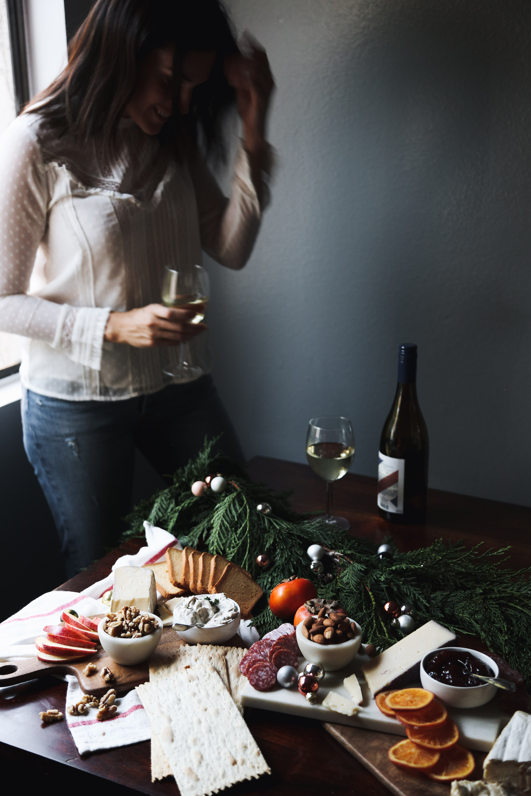 how to create a holiday cheeseboard for under $3520.jpg