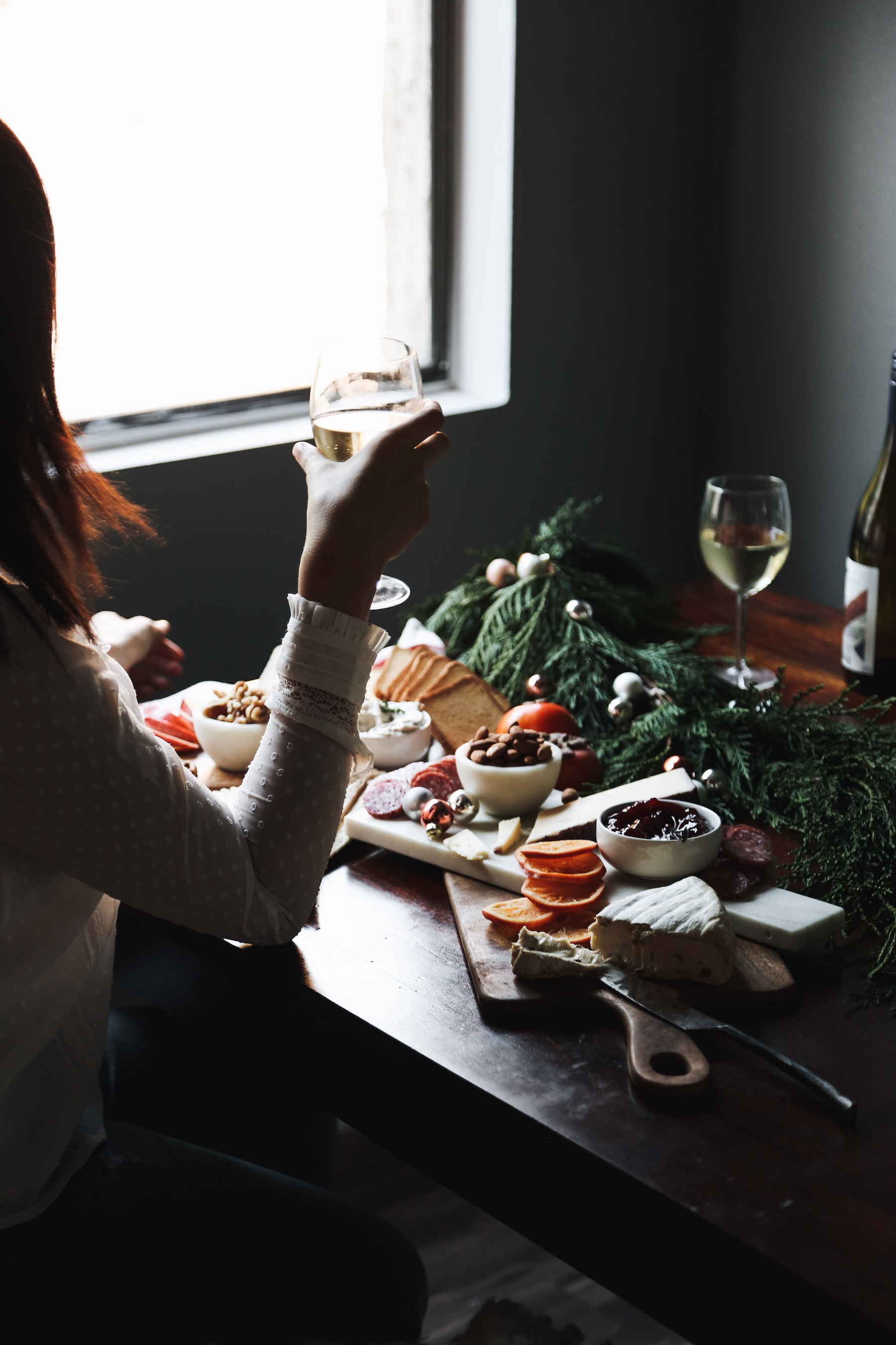 how to create a holiday cheeseboard for under 35 dollars17.jpg