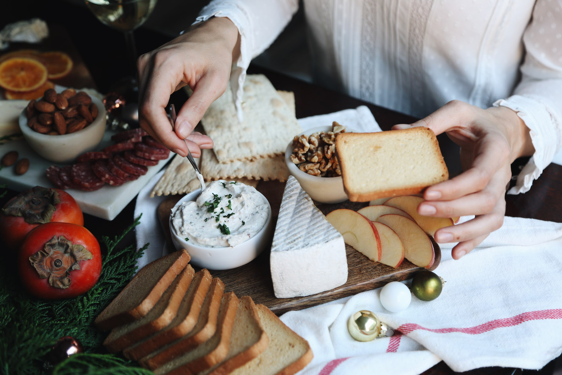 how to create a holiday cheeseboard for under 35 dollars11.jpg