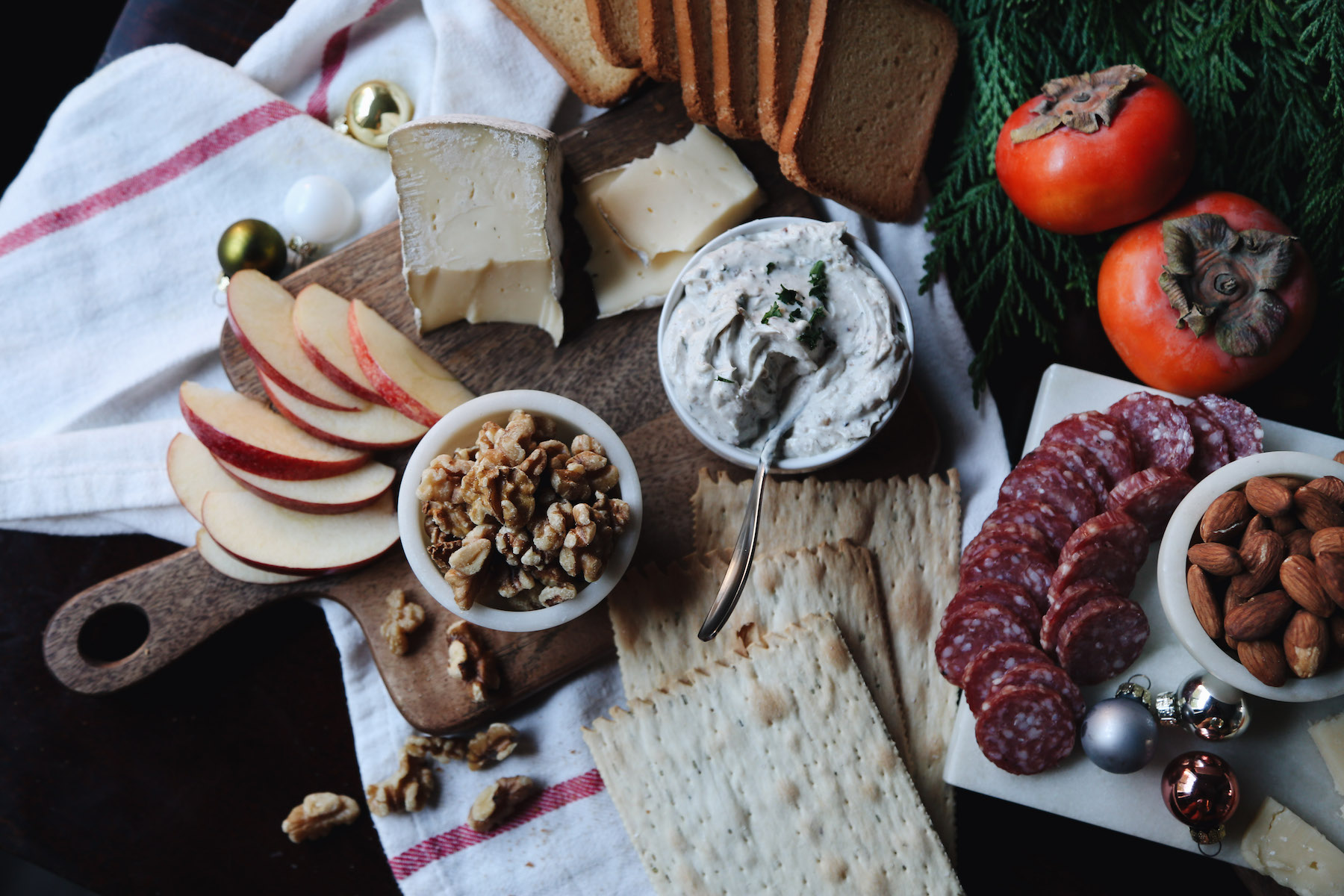how to create a holiday cheeseboard for under 35 dollars15.jpg