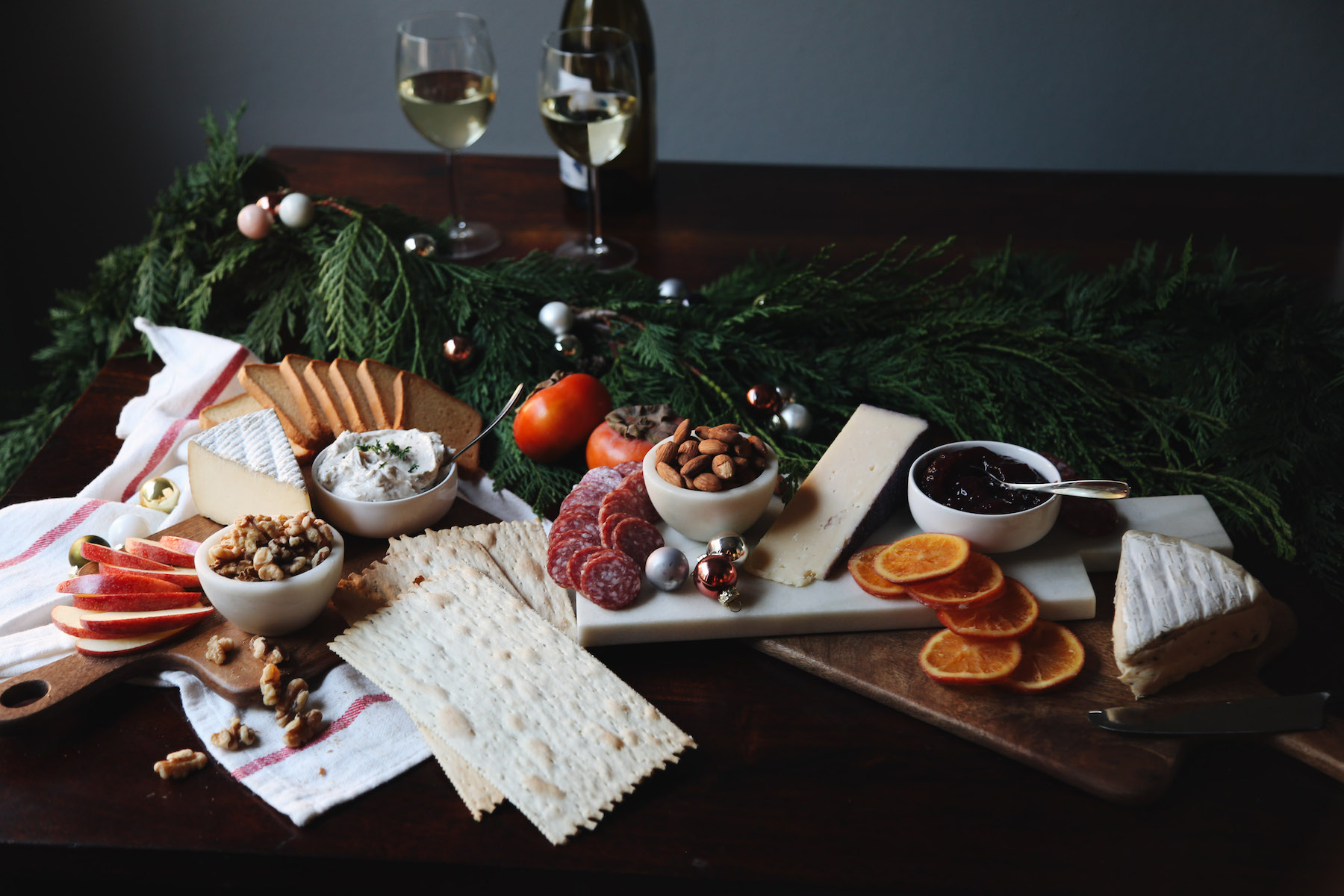 how to create a holiday cheeseboard for under 35 dollars6.jpg