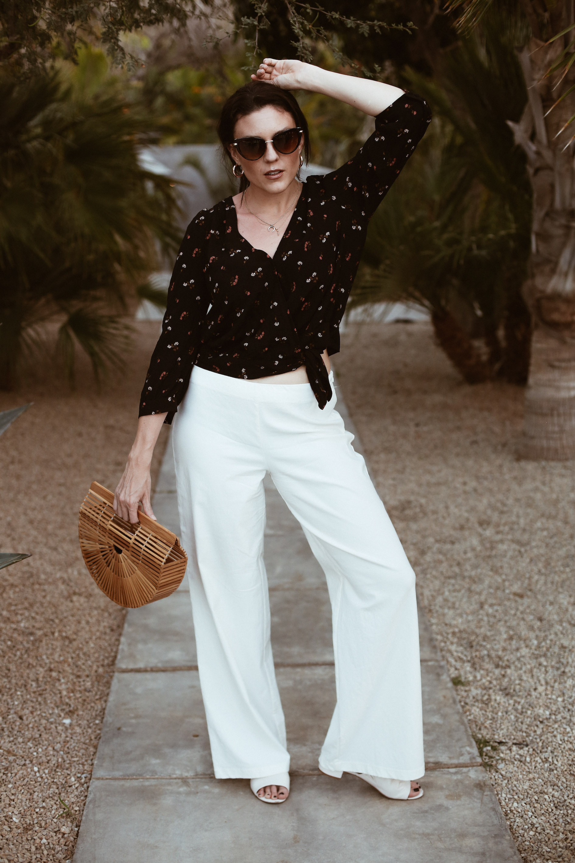 wrap top + white pants-5.jpg