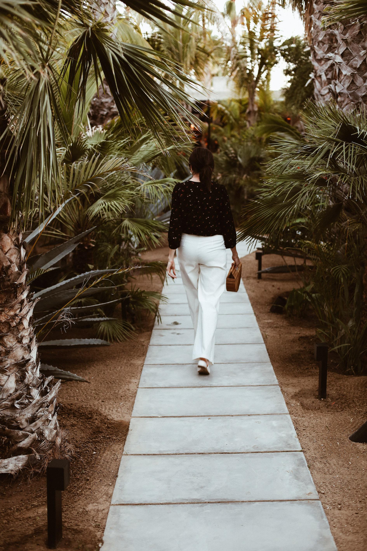 wrap top + white pants-15.jpg