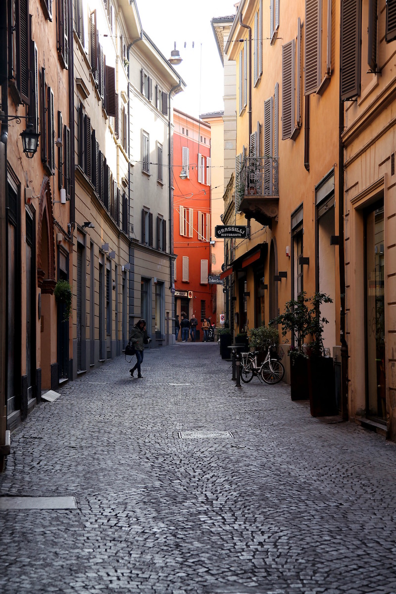 streets-of-bologna-italy.jpg