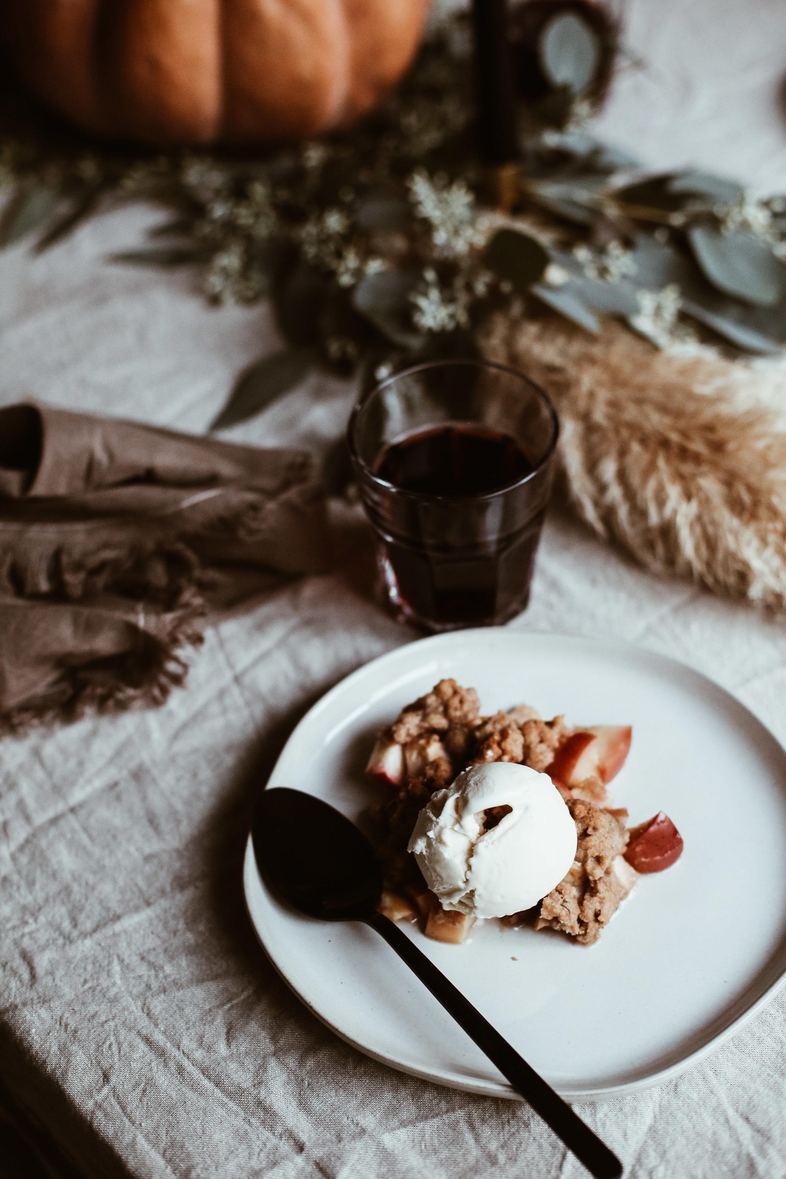 easy thanksgiving tablescape-22.jpg