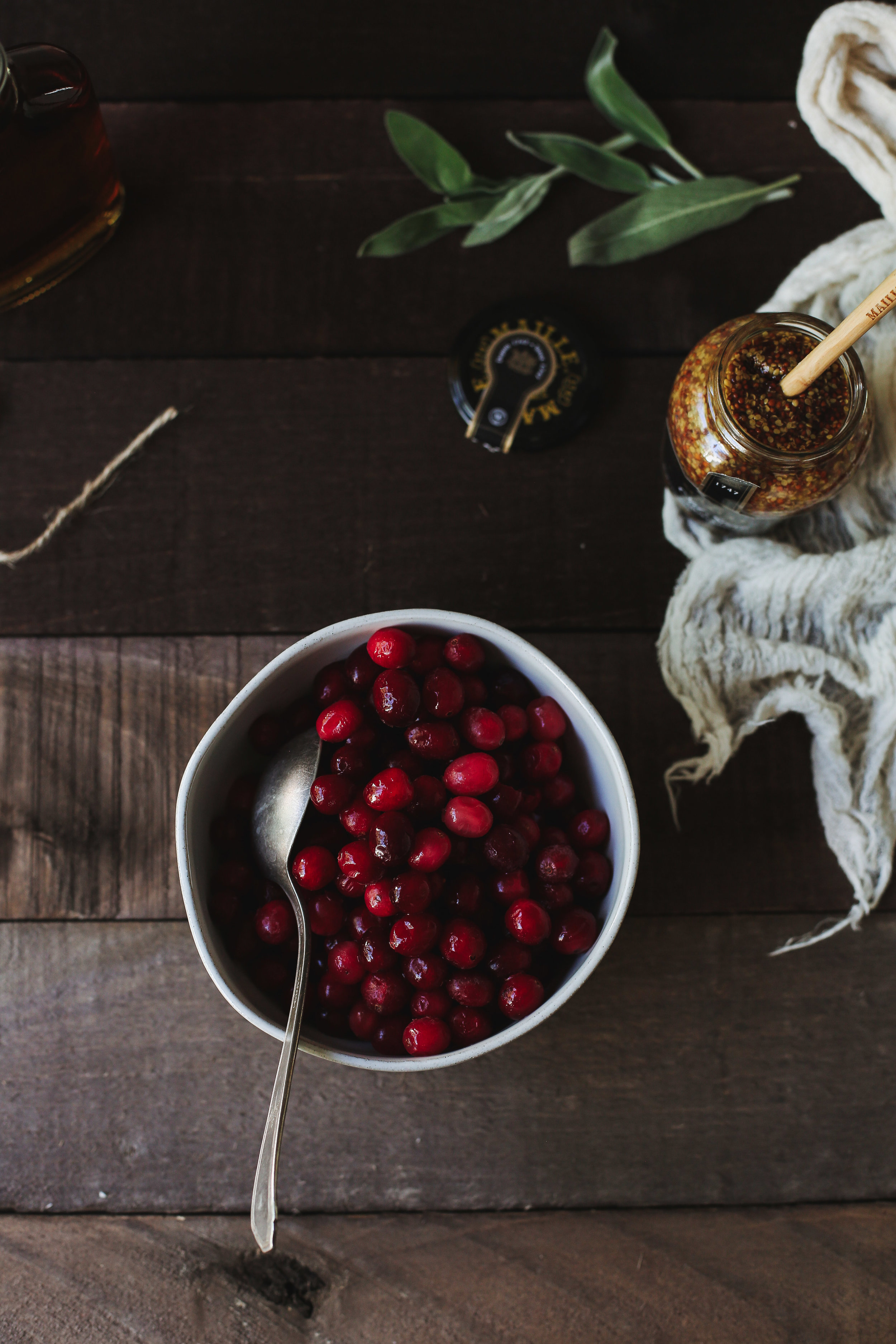 easy cranberry sauce recipe2.jpg