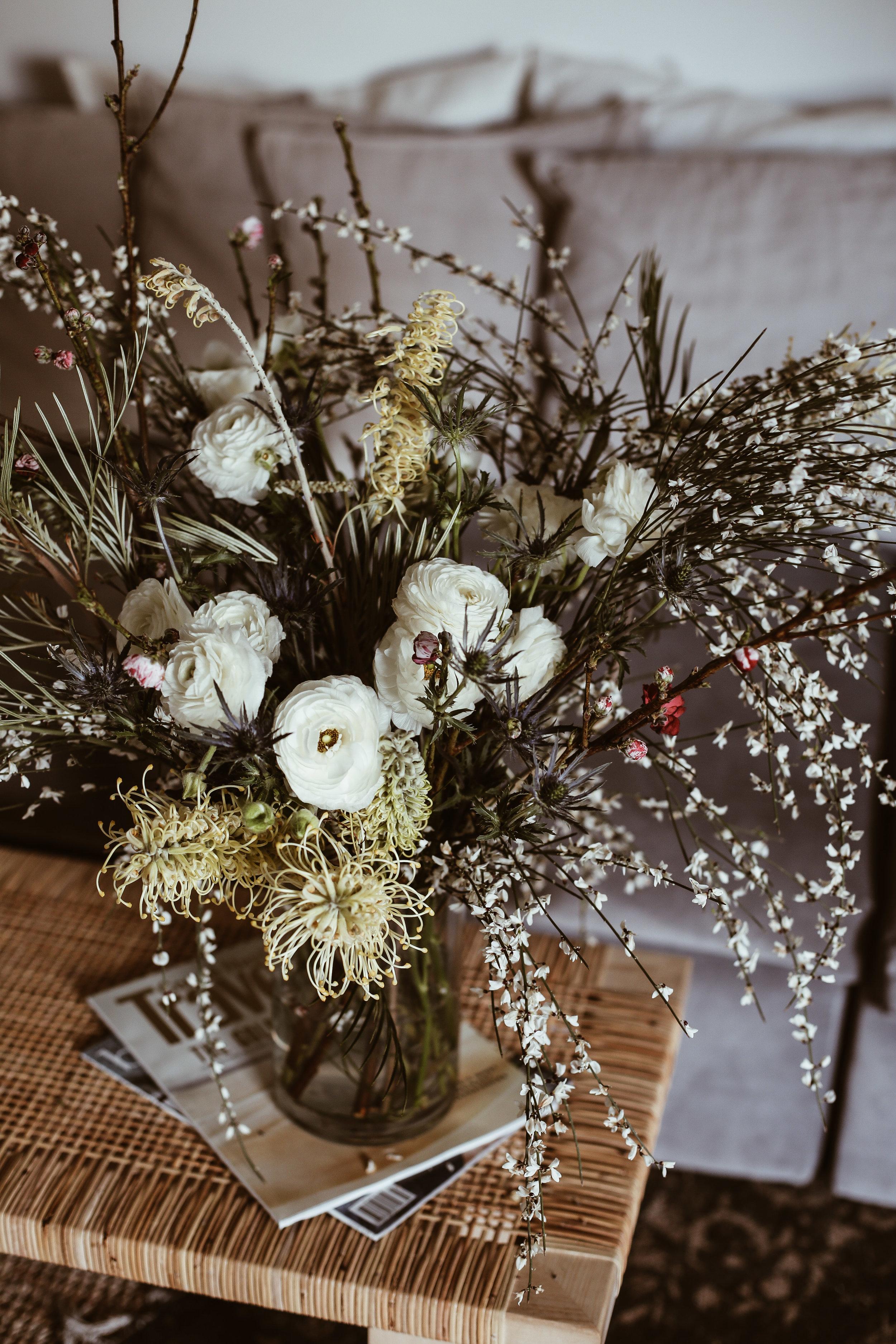 diy spring wildflower arrangment -20.jpg