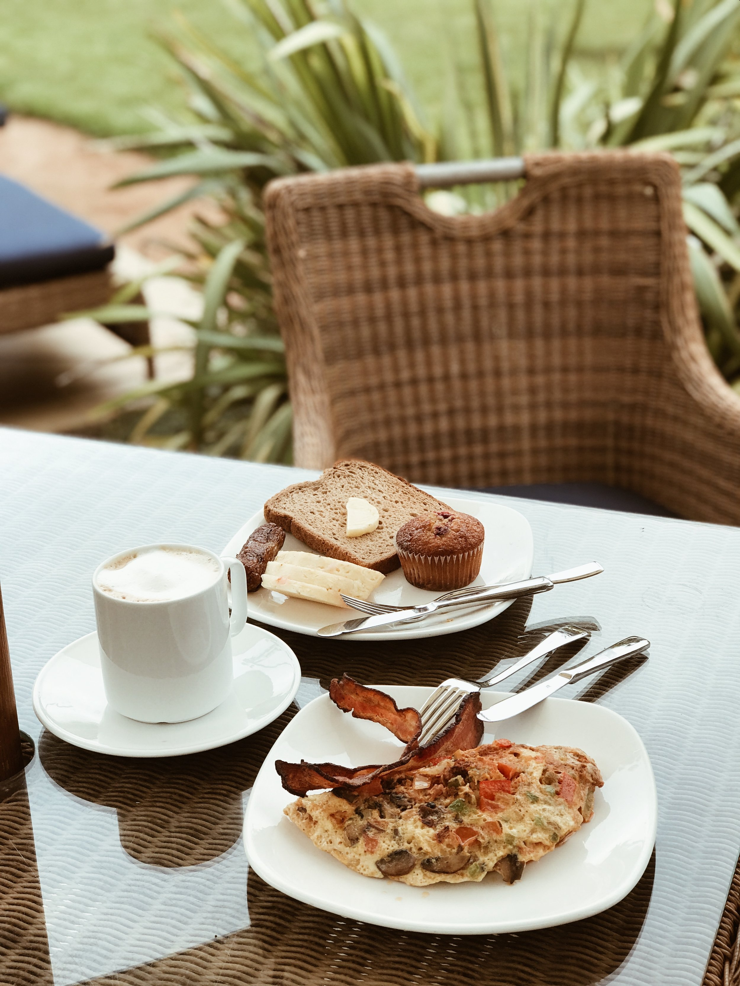 breakfast on Catalina Island.JPG