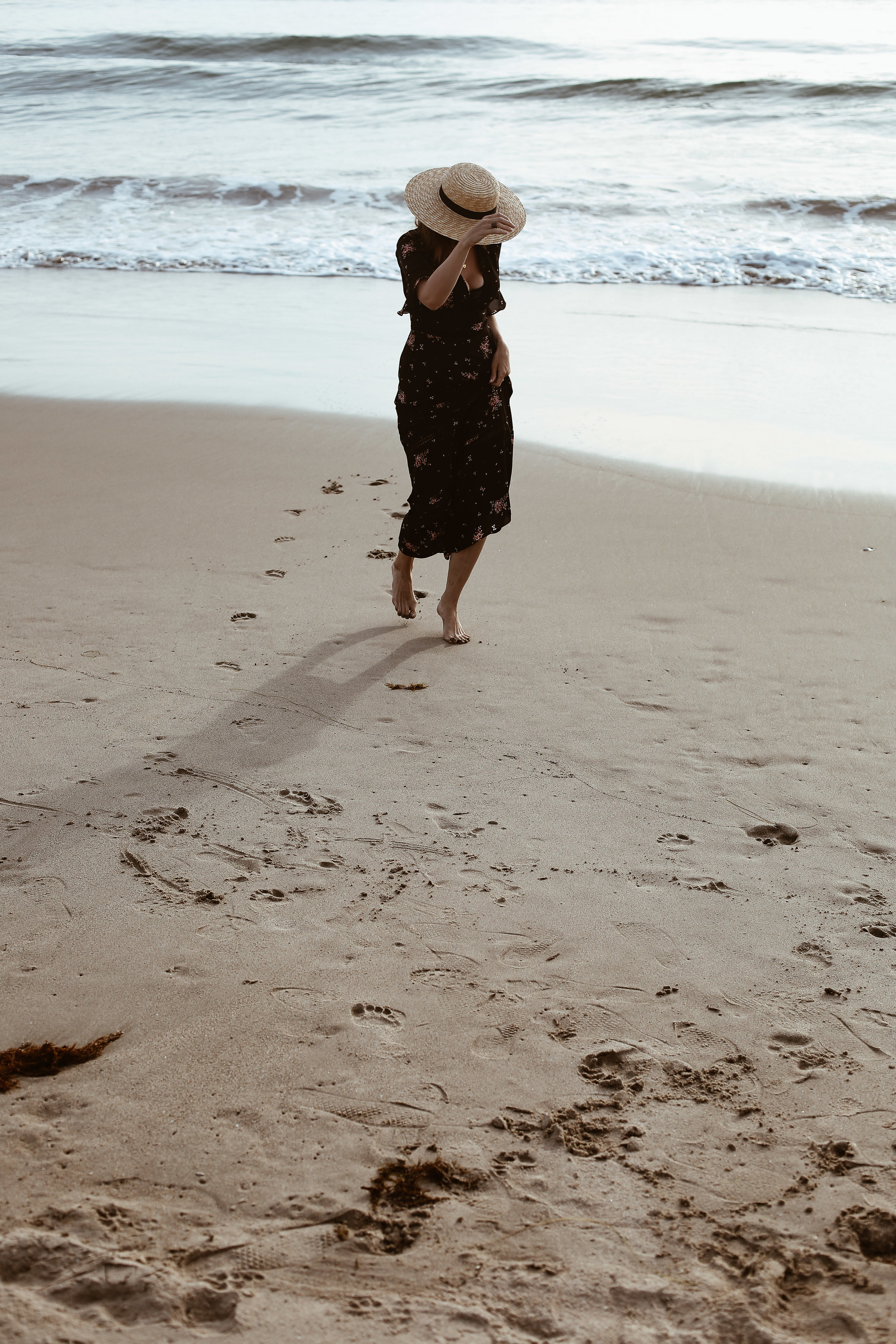 maxi dress at the beach3.jpg