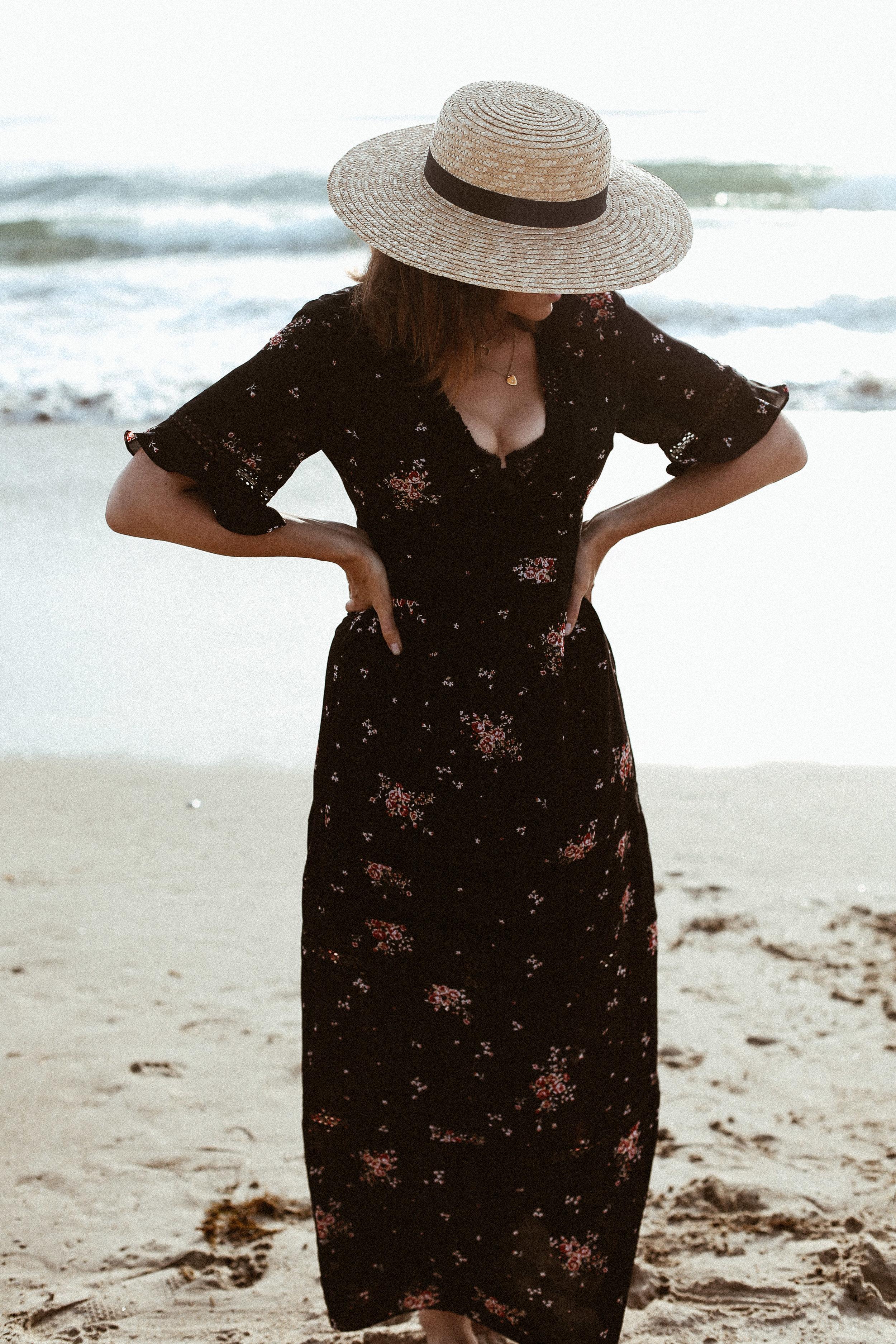 black floral maxi dress.jpg