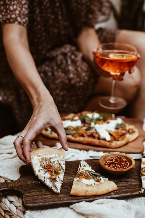 fried+pizza+with+squash+blossoms-22.jpg