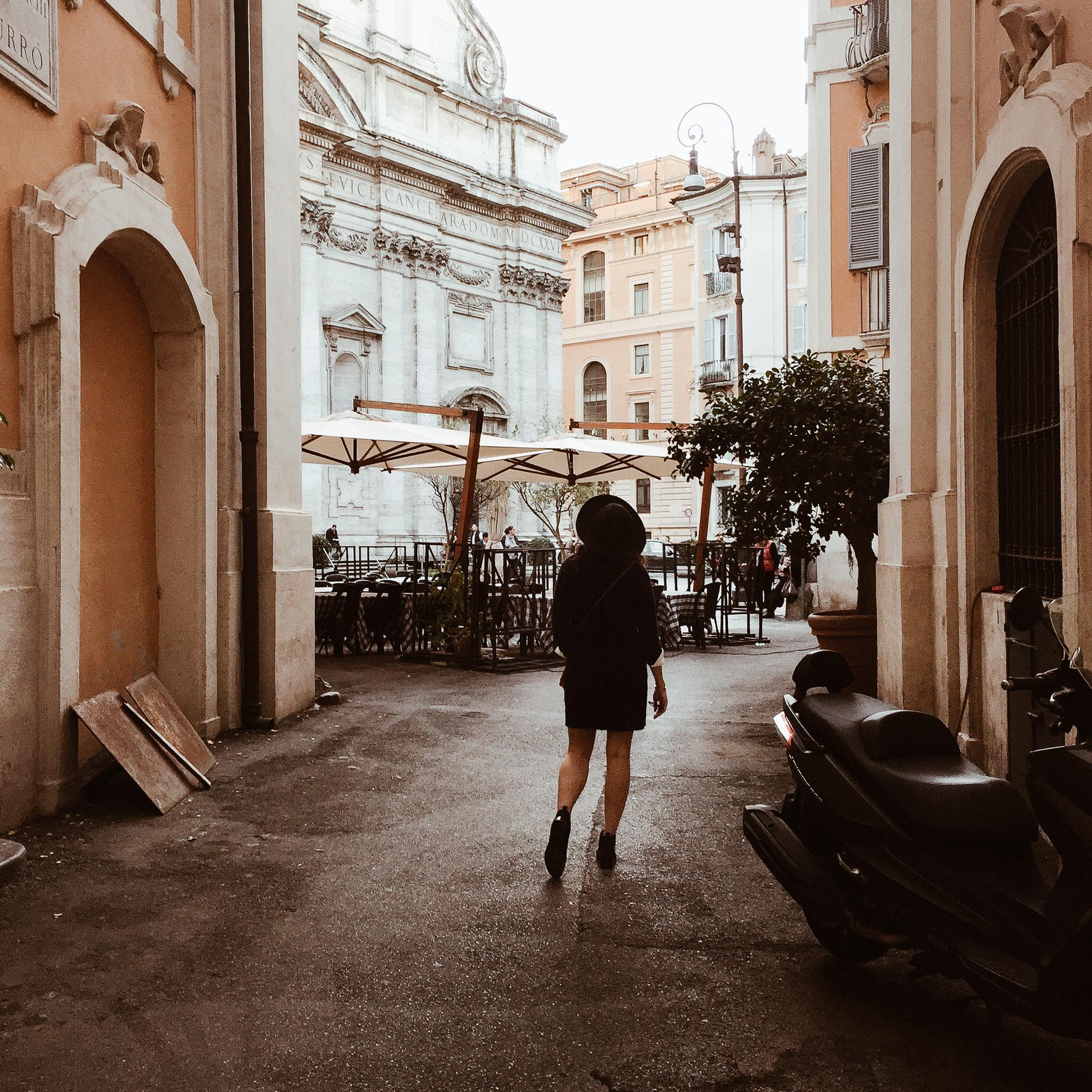 girl exploring rome.jpg