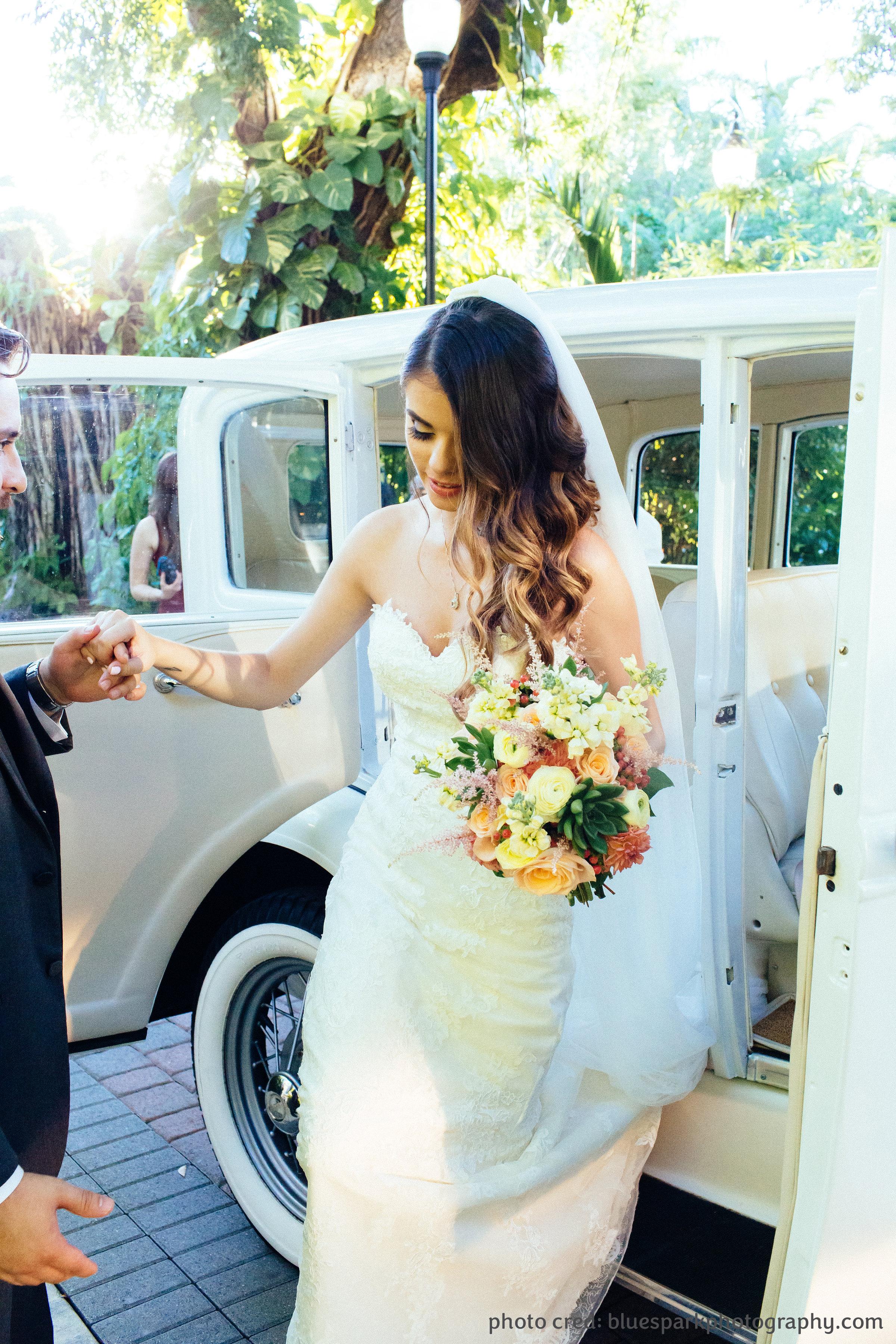 20160916_Wedding_ClaudiaCamargo-373_CREDIT.jpg