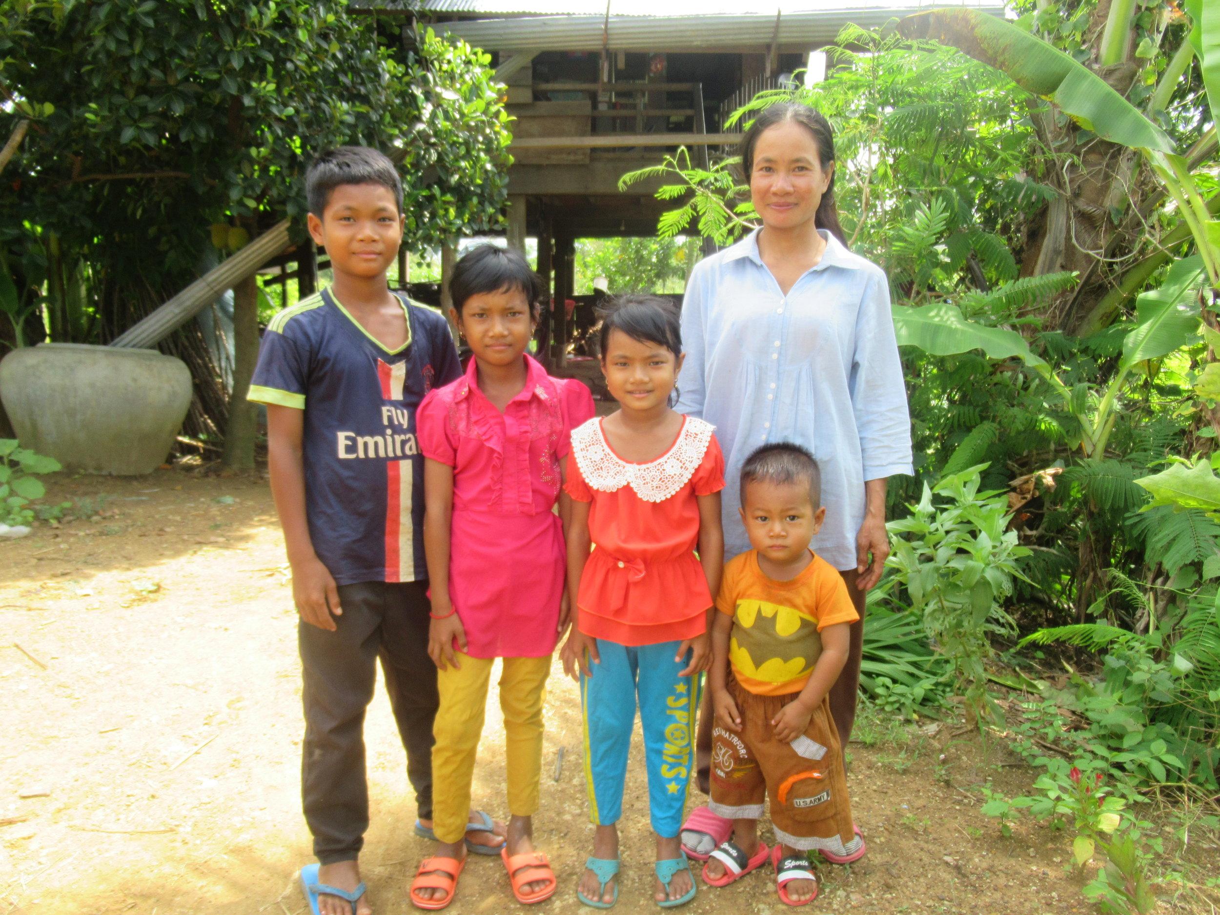 201908_Cambodia_Hou_Ponleur_003.JPG