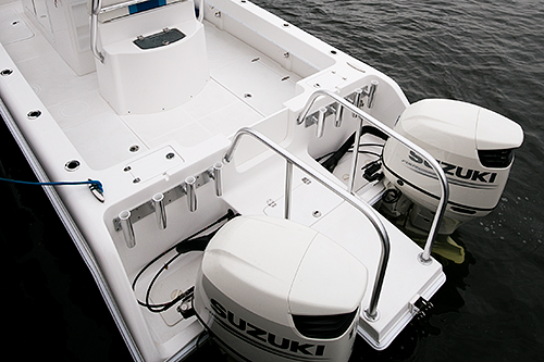 Walk-Through Transom - A walk-through transom allows easy and secure access to a large platform between the engines — perfect for water entry, climbing in and out on the trailer, working a big fish, and even clearing line from the props.