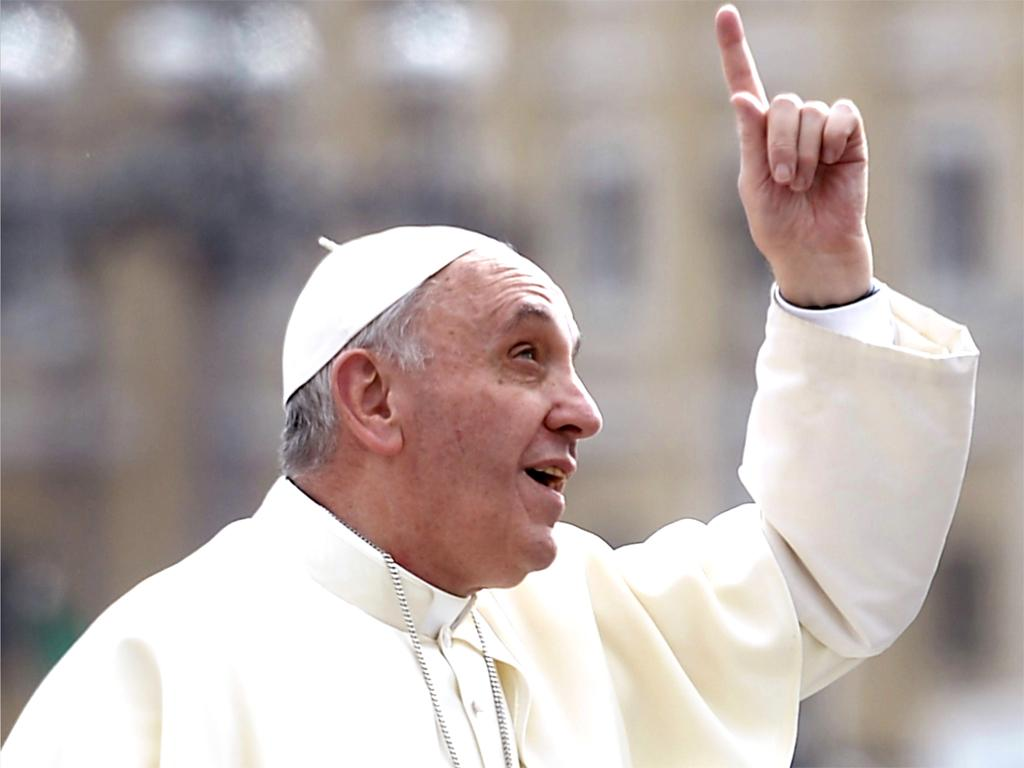Pope Francis embracing Islam (Getty Images.)