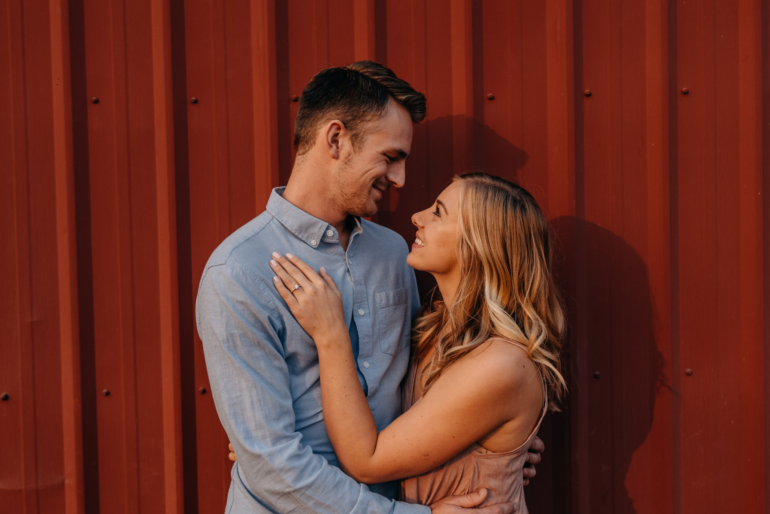 Oregon-Red-Barn-Door-Engagement-Sauvie-3451.jpg