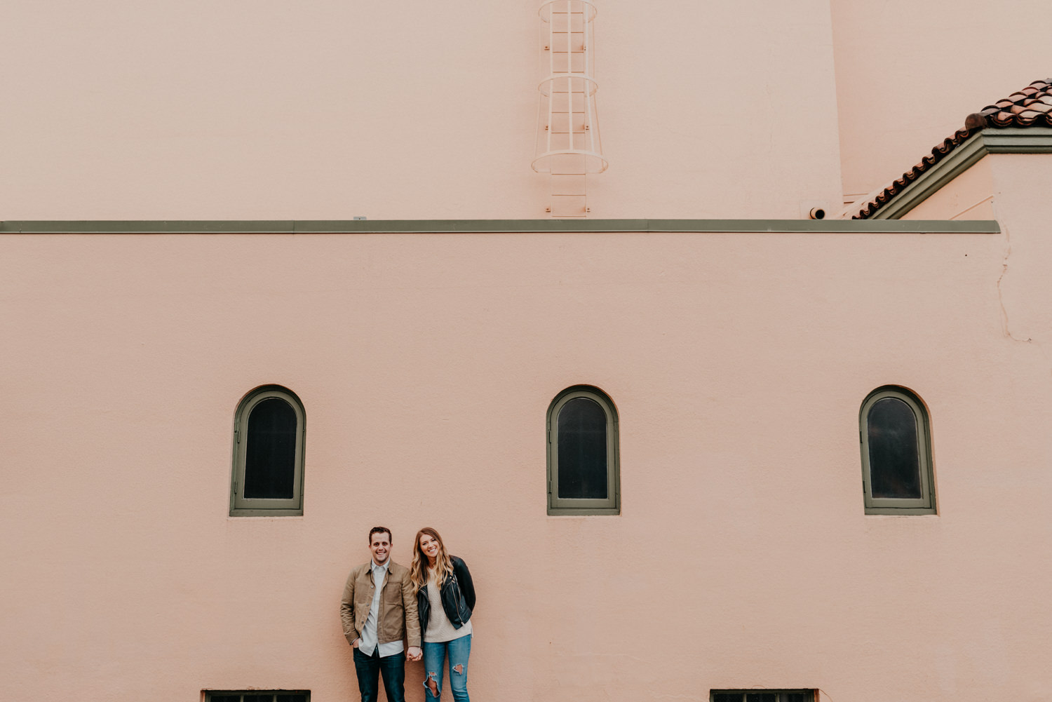 5pink-wall-Los-angeles-hollywood-district-portland-engagement.jpg