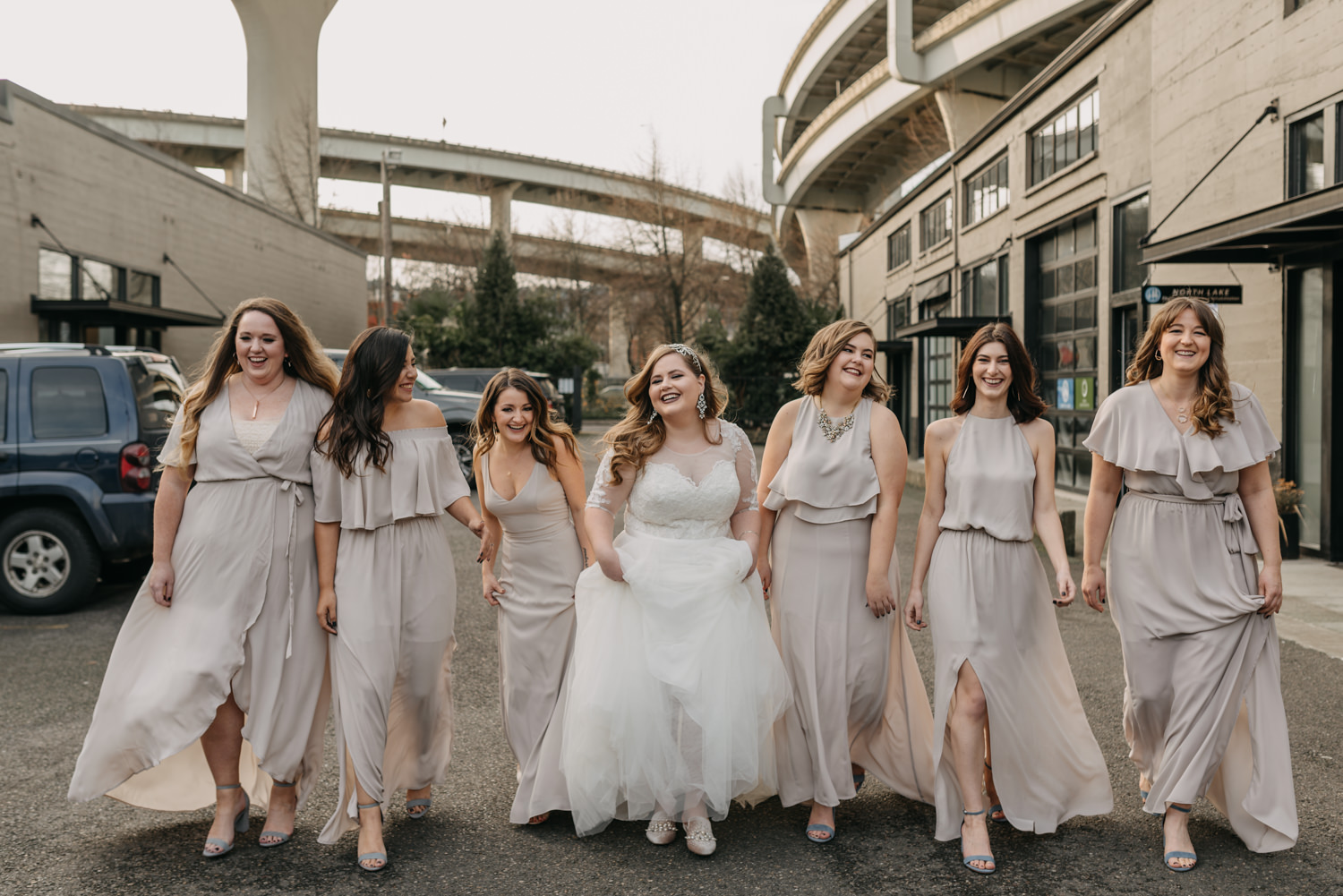 22Portland-Wedding-Getting-Ready-bridesmaids-pearl-district.jpg