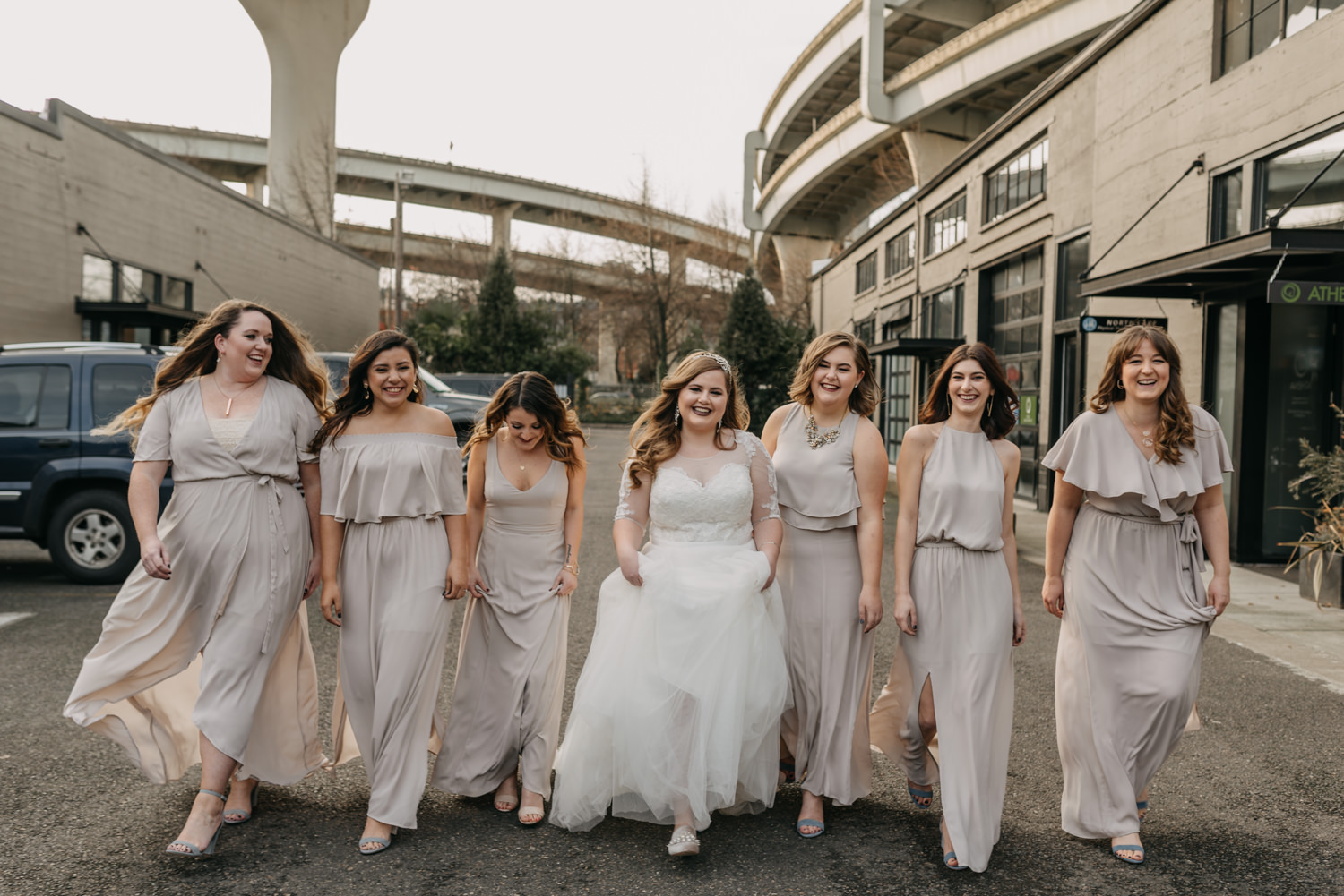 23Portland-Wedding-Getting-Ready-bridesmaids-pearl-district.jpg