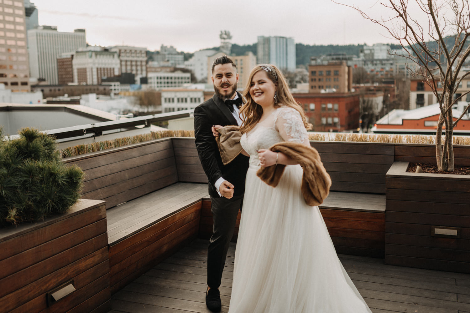 42Portland-Wedding-first-look-society-hotel-downtown.jpg