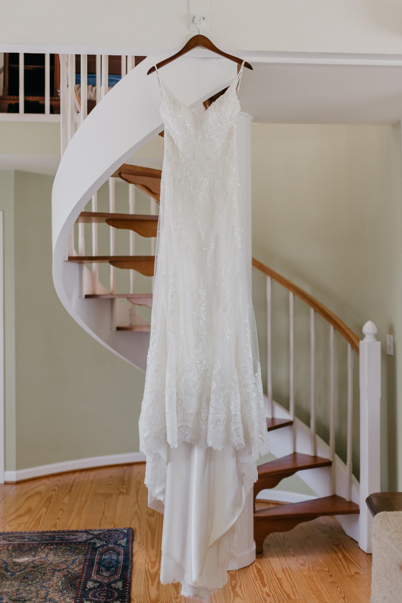 17-Getting-Ready-barn-kestrel-wedding-photos-grey-suit.jpg