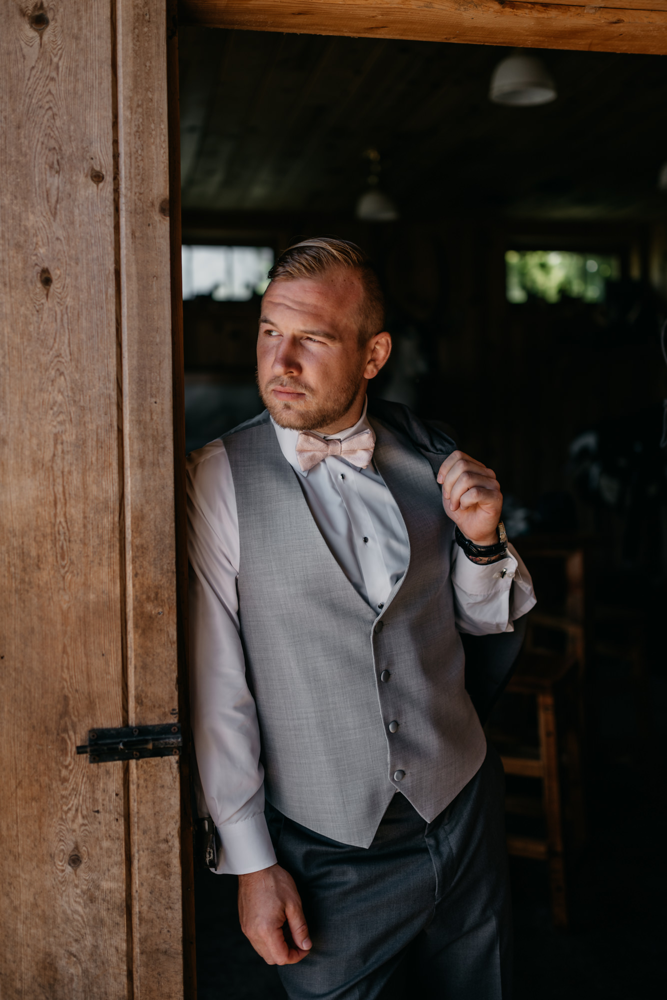 32-Getting-Ready-barn-kestrel-wedding-photos-grey-suit.jpg