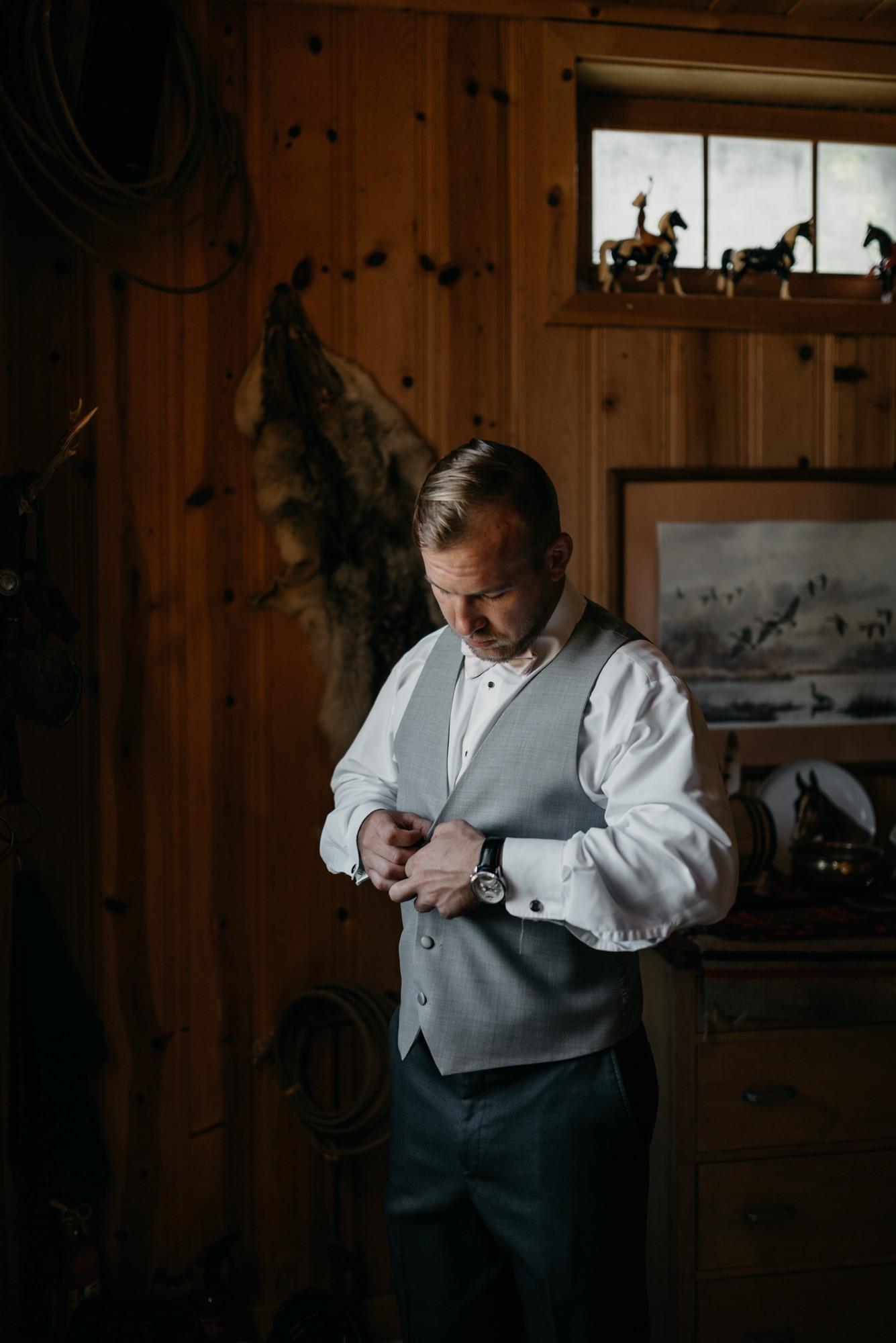 33-Getting-Ready-barn-kestrel-wedding-photos-grey-suit.jpg
