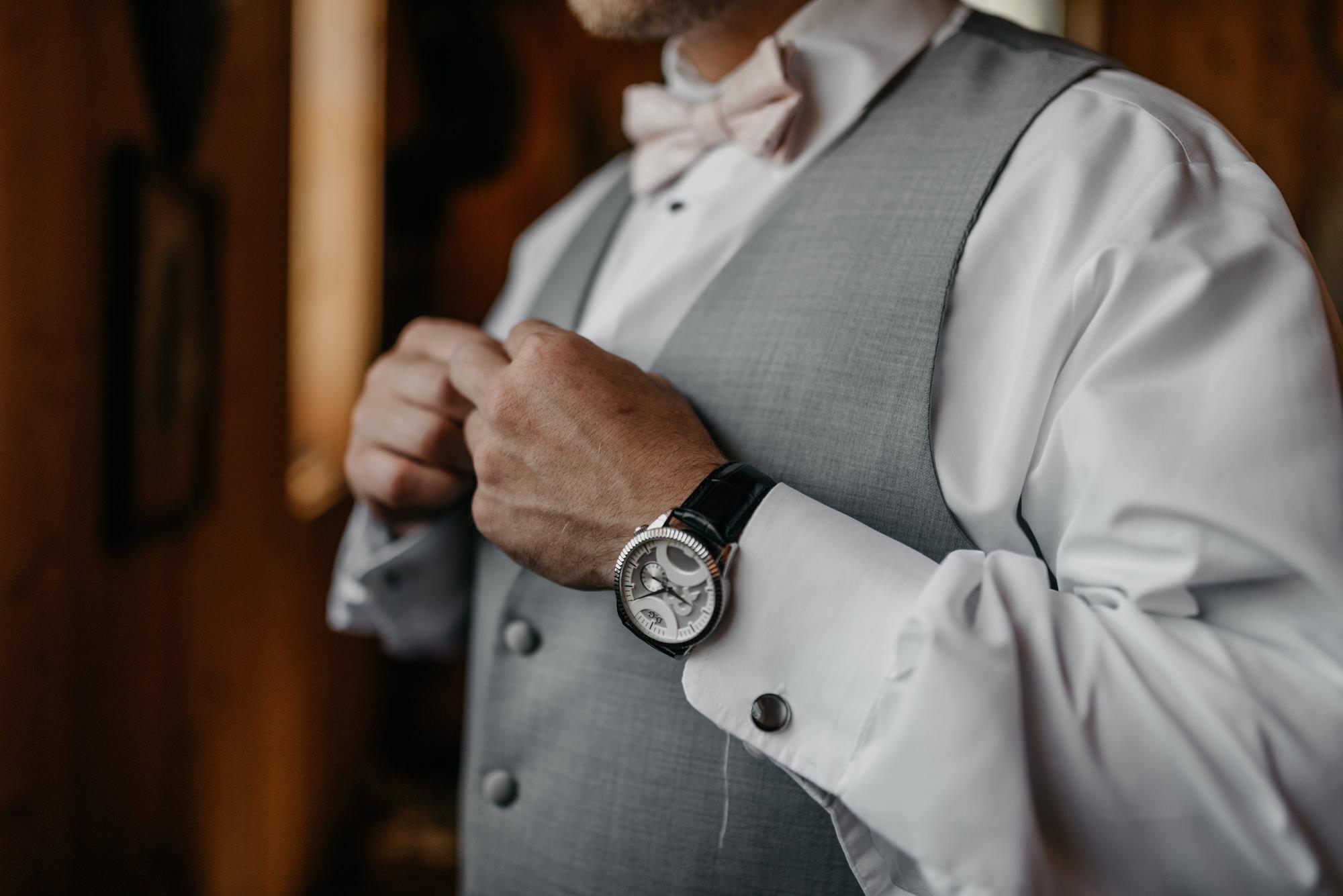 34-Getting-Ready-barn-kestrel-wedding-photos-grey-suit.jpg