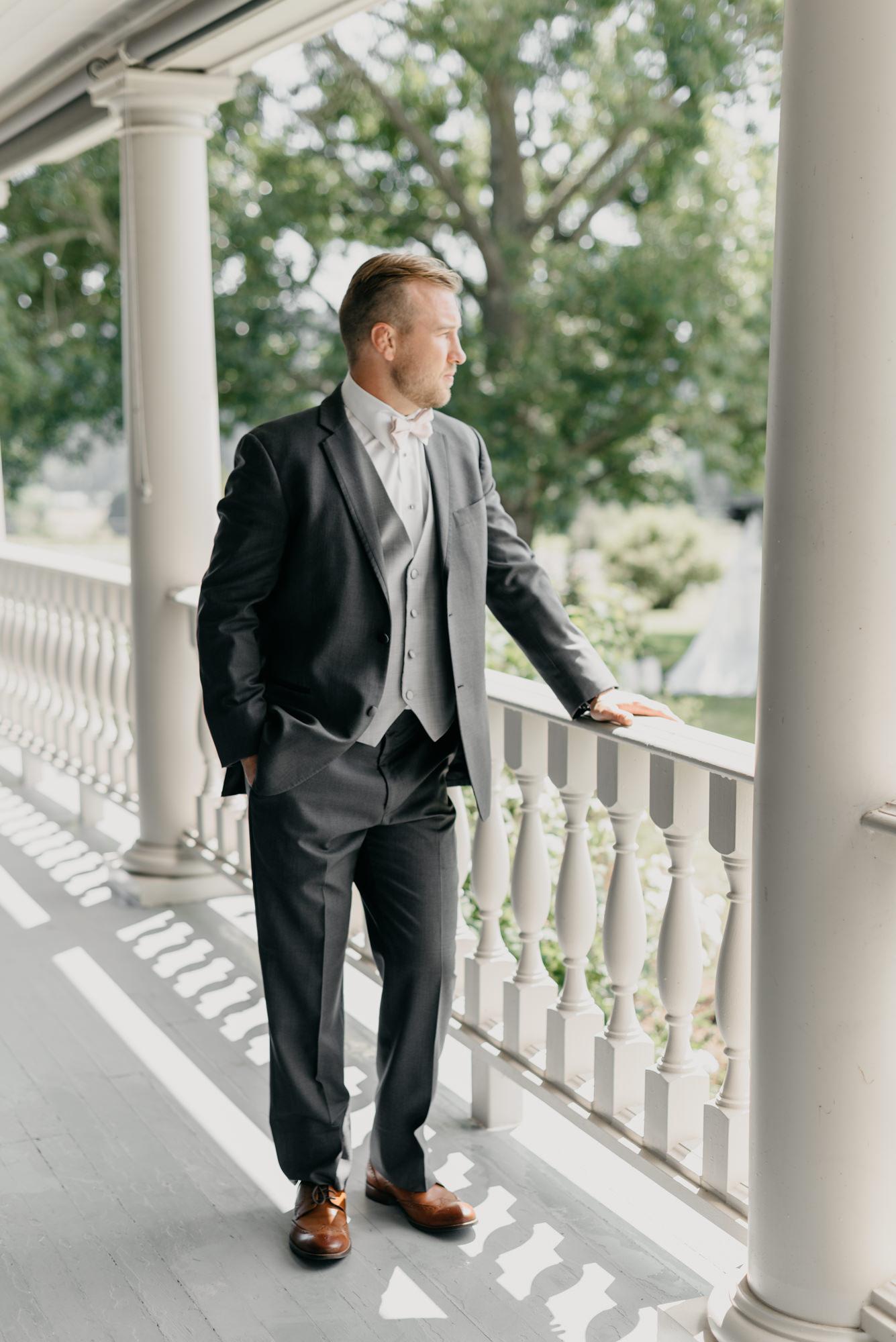 36-first-look-barn-kestrel-wedding-lake-oswego-wedding.jpg