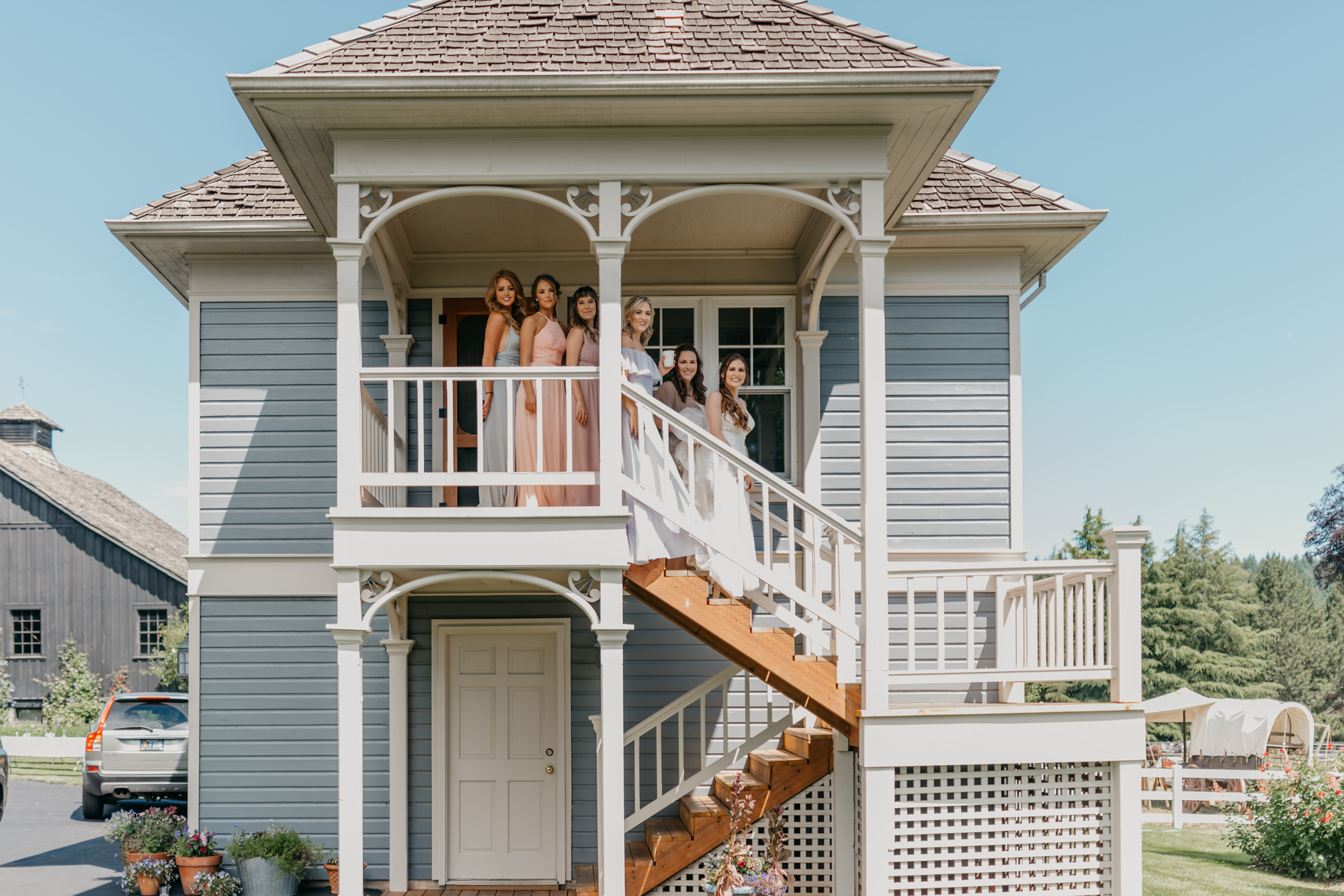 38-first-look-barn-kestrel-wedding-lake-oswego-wedding.jpg
