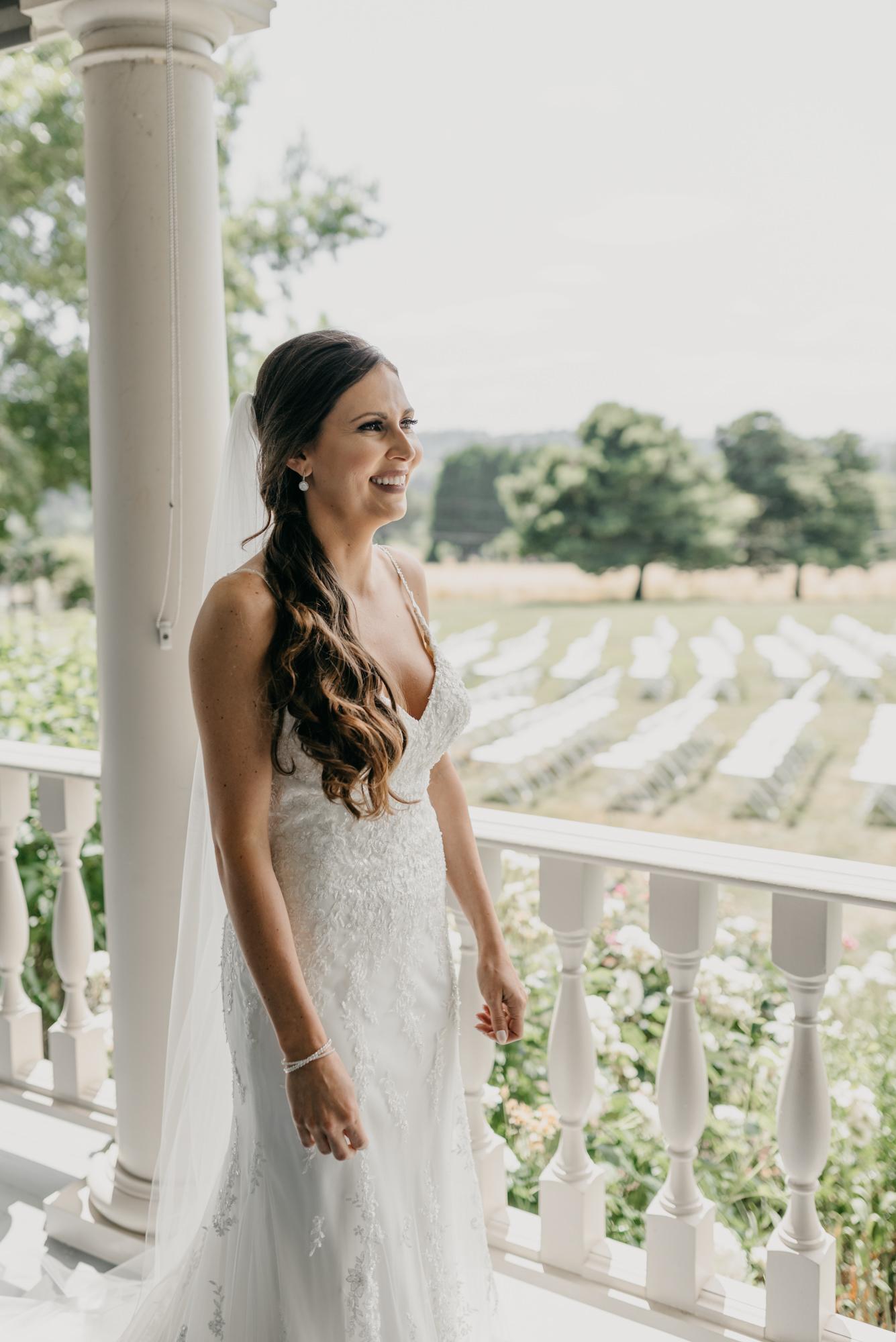 45-first-look-barn-kestrel-wedding-lake-oswego-wedding.jpg