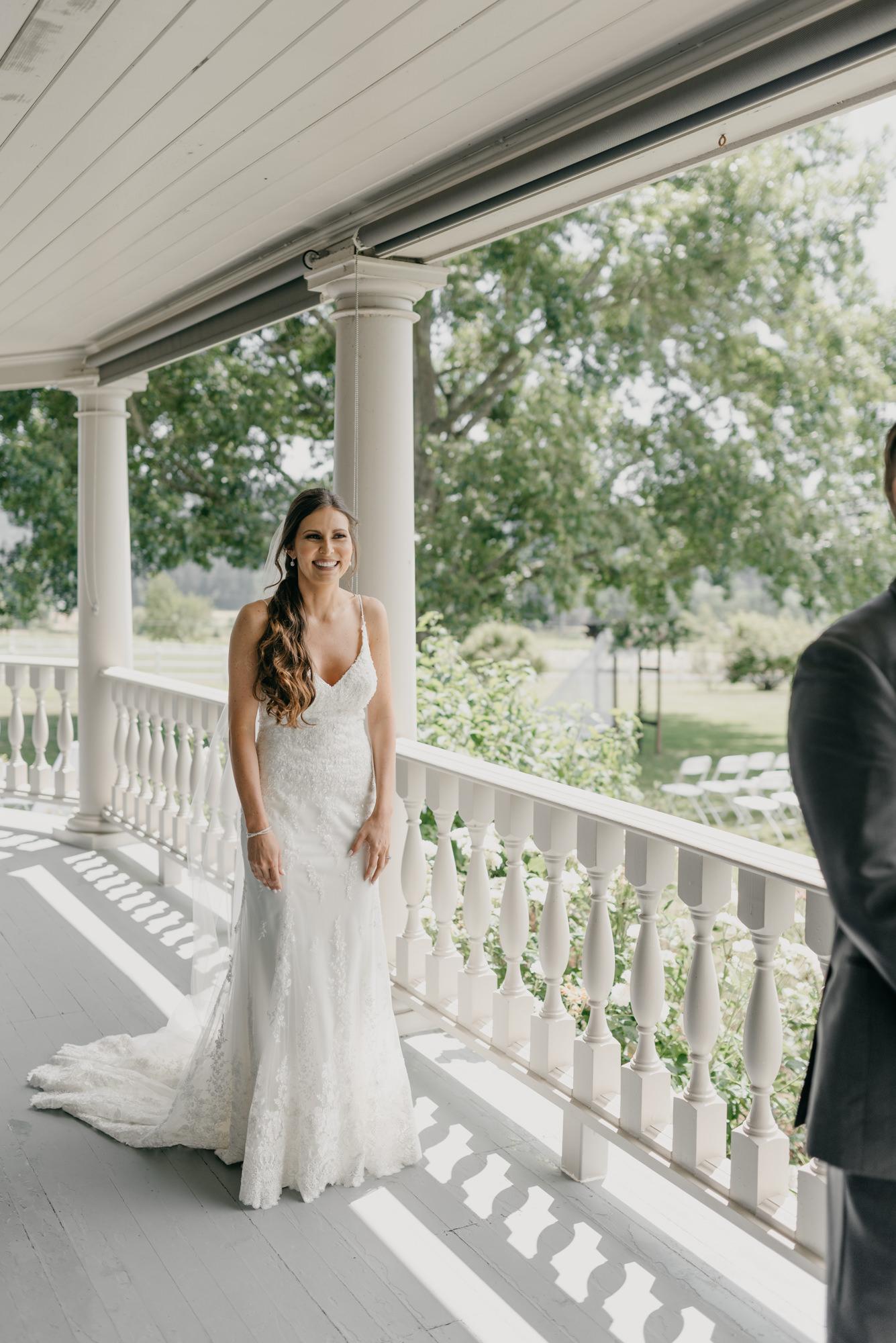 46-first-look-barn-kestrel-wedding-lake-oswego-wedding.jpg