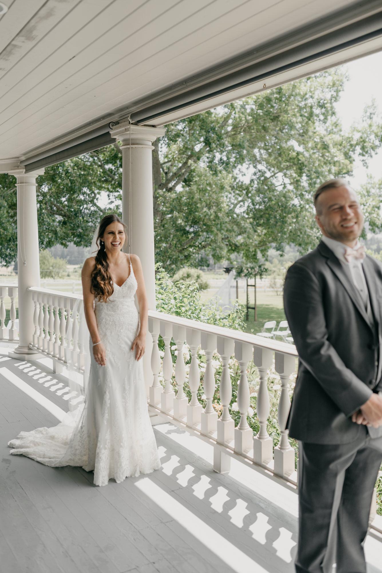 47-first-look-barn-kestrel-wedding-lake-oswego-wedding.jpg