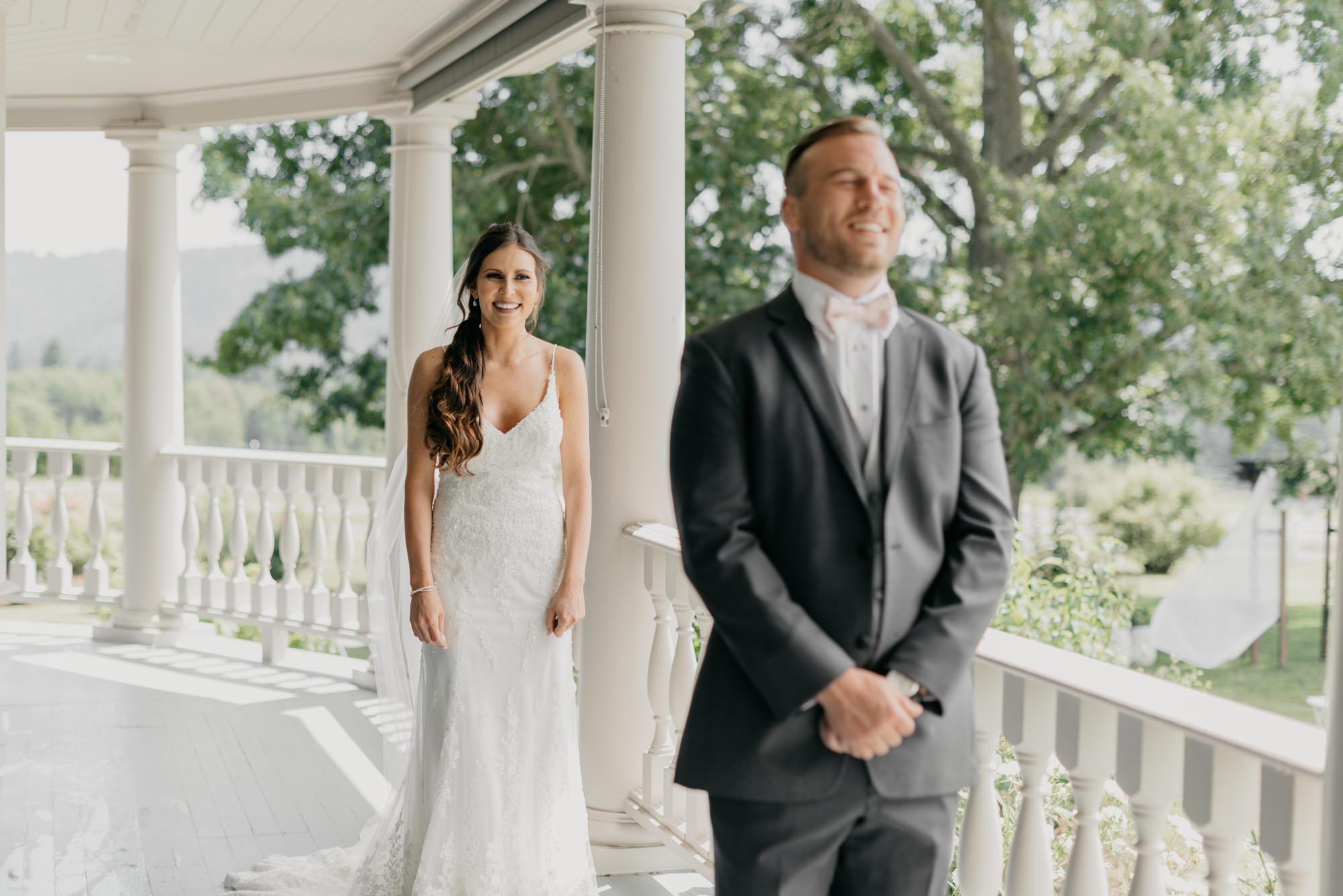 48-first-look-barn-kestrel-wedding-lake-oswego-wedding.jpg